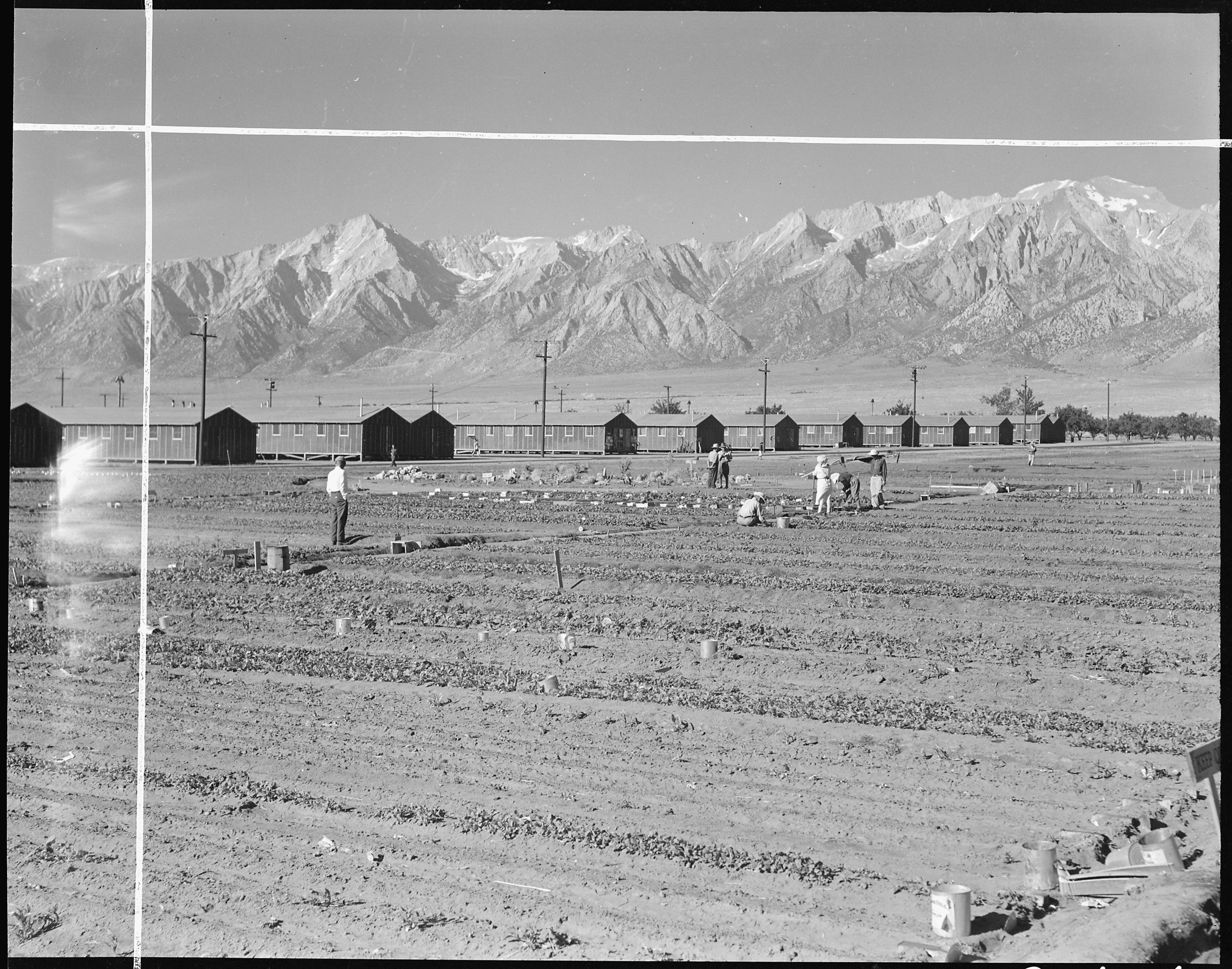 A summary of the farewell to manzanar by jeanne wakatsuki houston a summary of the farewell to manzanar by jeanne wakatsuki houston and james d houston fandeluxe Image collections