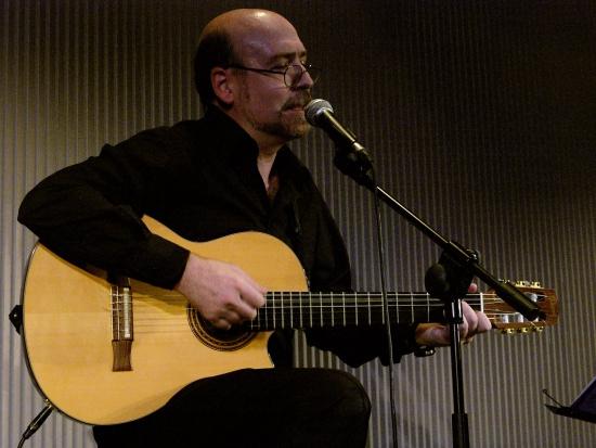 Miquel Pujadó en escena en 2008