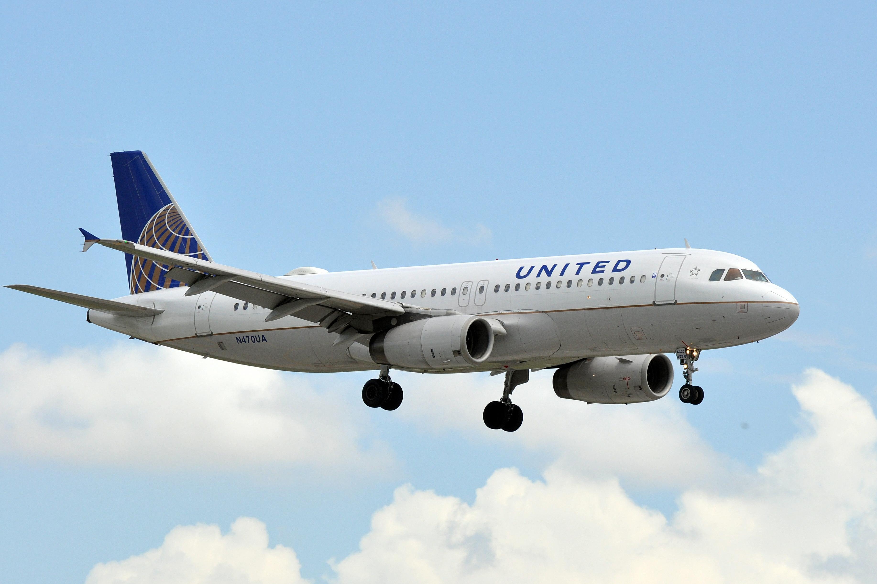 Resultado de imagen para Airbus A320 United fleet