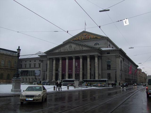 File:Nationaltheater (National Theatre) - geograph.org.uk - 3495.jpg