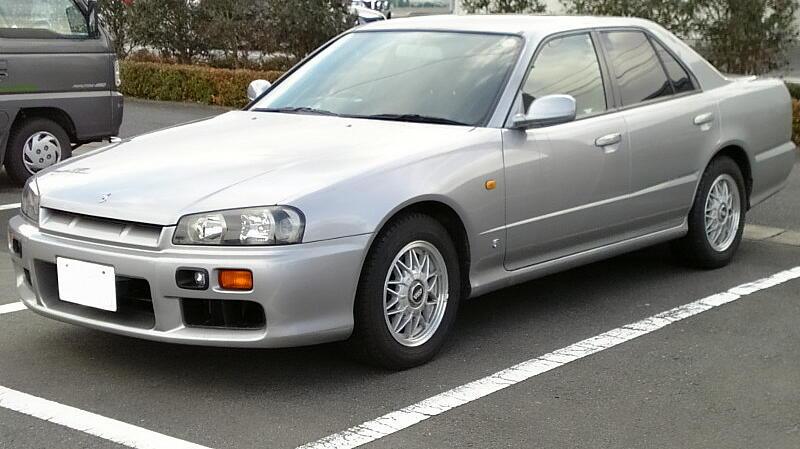 File Nissan Skyline 1998 Jpg Wikimedia Commons