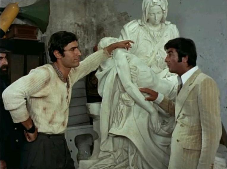 Scena del film Operazione San Pietro (1967) | Photo : Wikimedia.