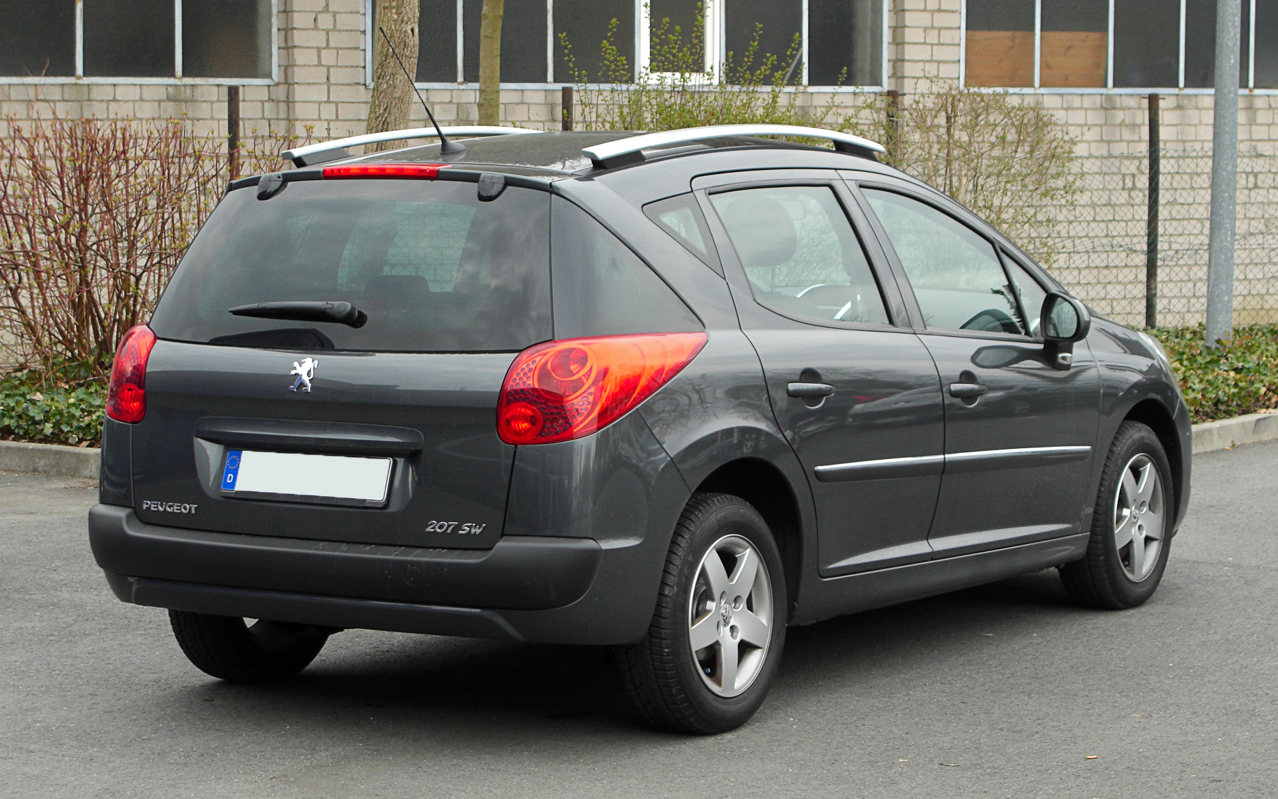 file peugeot 207 sw facelift heckansicht 26 m rz 2011 wikimedia commons. Black Bedroom Furniture Sets. Home Design Ideas