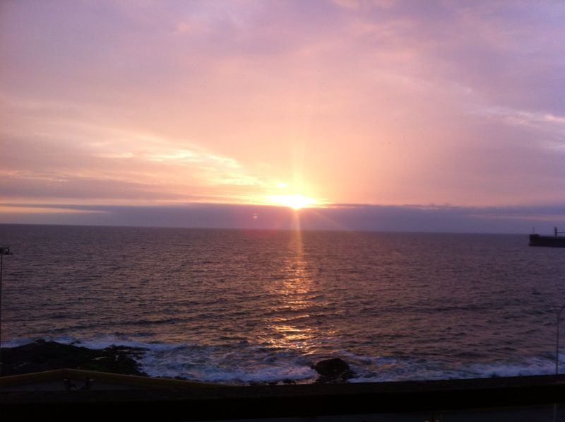 File:Puesta de sol en Antofagasta.jpg