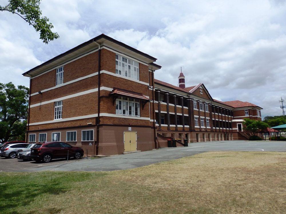 filerear of brick school building from ne 2015jpg