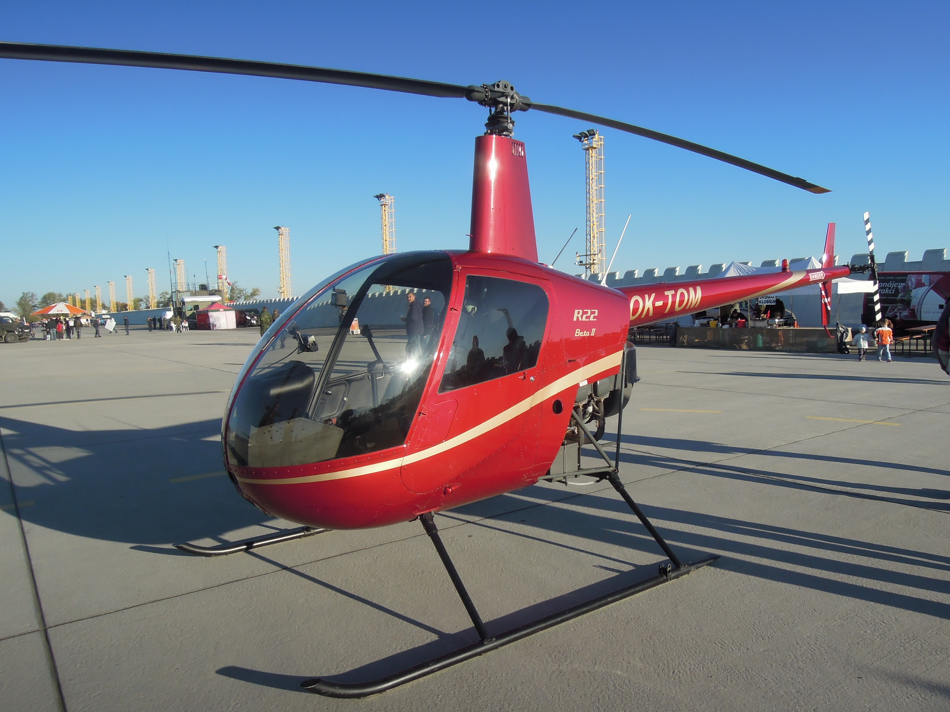 bell helicopter tail boom with File Robinson R22 Beta Ii  Ok Tom on 1065 in addition Q0212a further Inside Sleekest Offshore Crew Helicopter Will Never Fly likewise 92 also Bell 47.