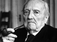 Photograph of Bultmann in old age, smoking a pipe