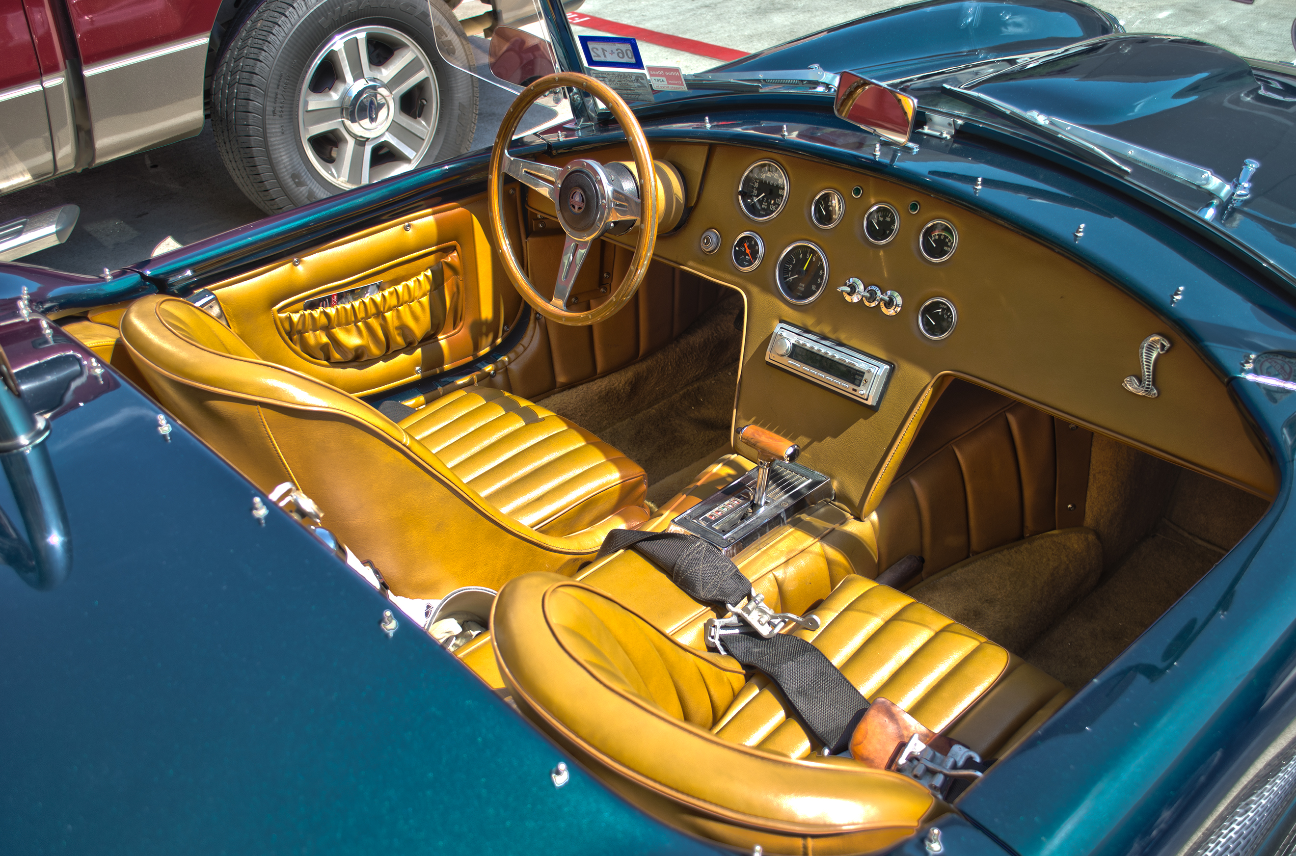 File Shelby Cobra 427 Interior Jpg Wikimedia Commons