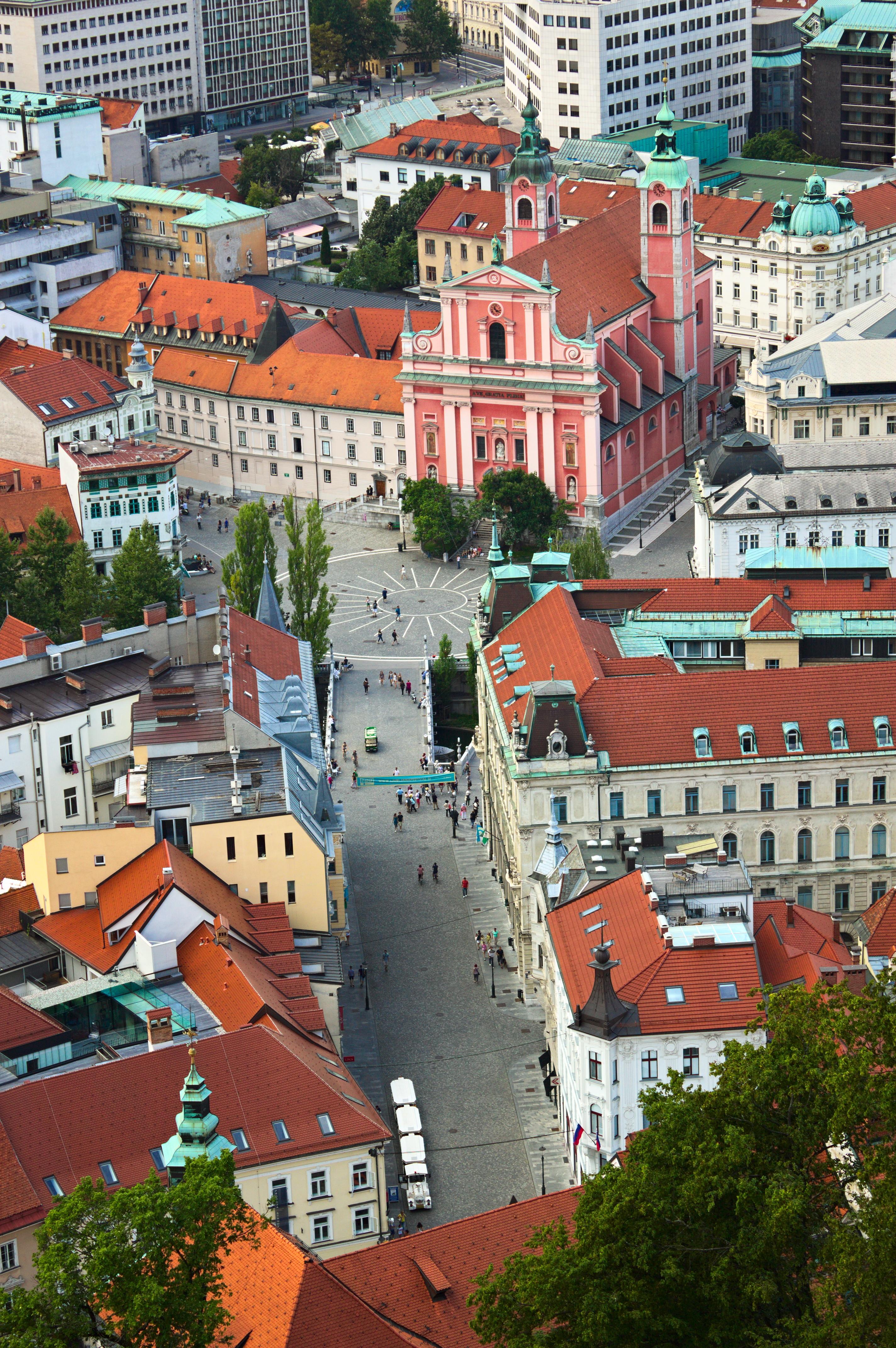 Finden Sie die besten Hunde-freundlichen Hotels in Ljubljana mit Wählen Sie aus mehr als 192 Hotels und sparen Sie viel Geld.