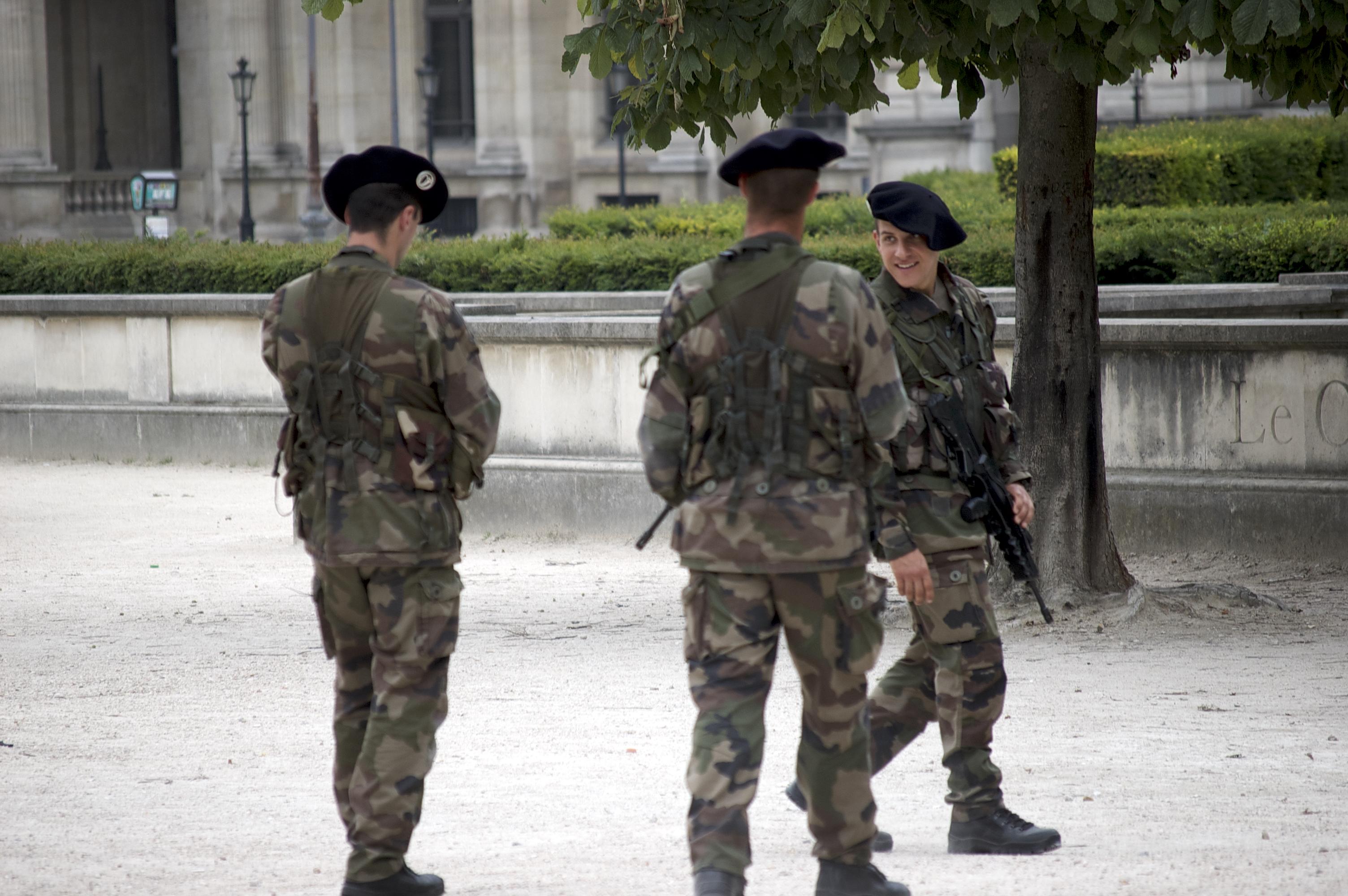 Soldiers_Paris-DSC_0118.jpg