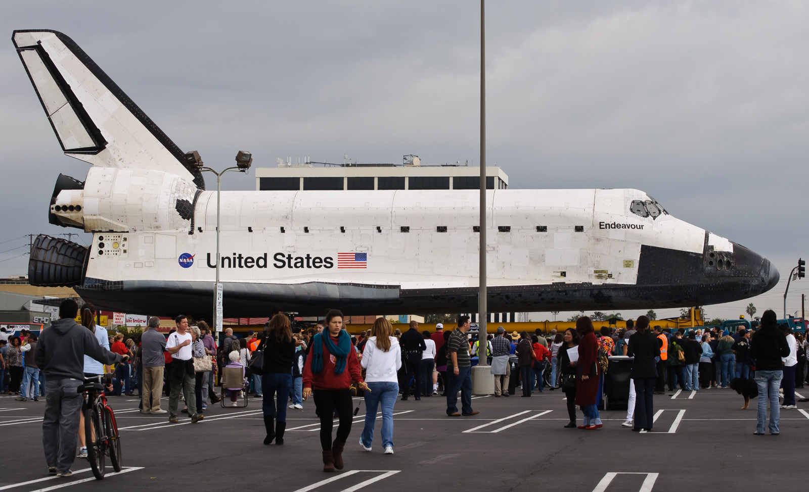 space shuttle endeavour dimensions - photo #12