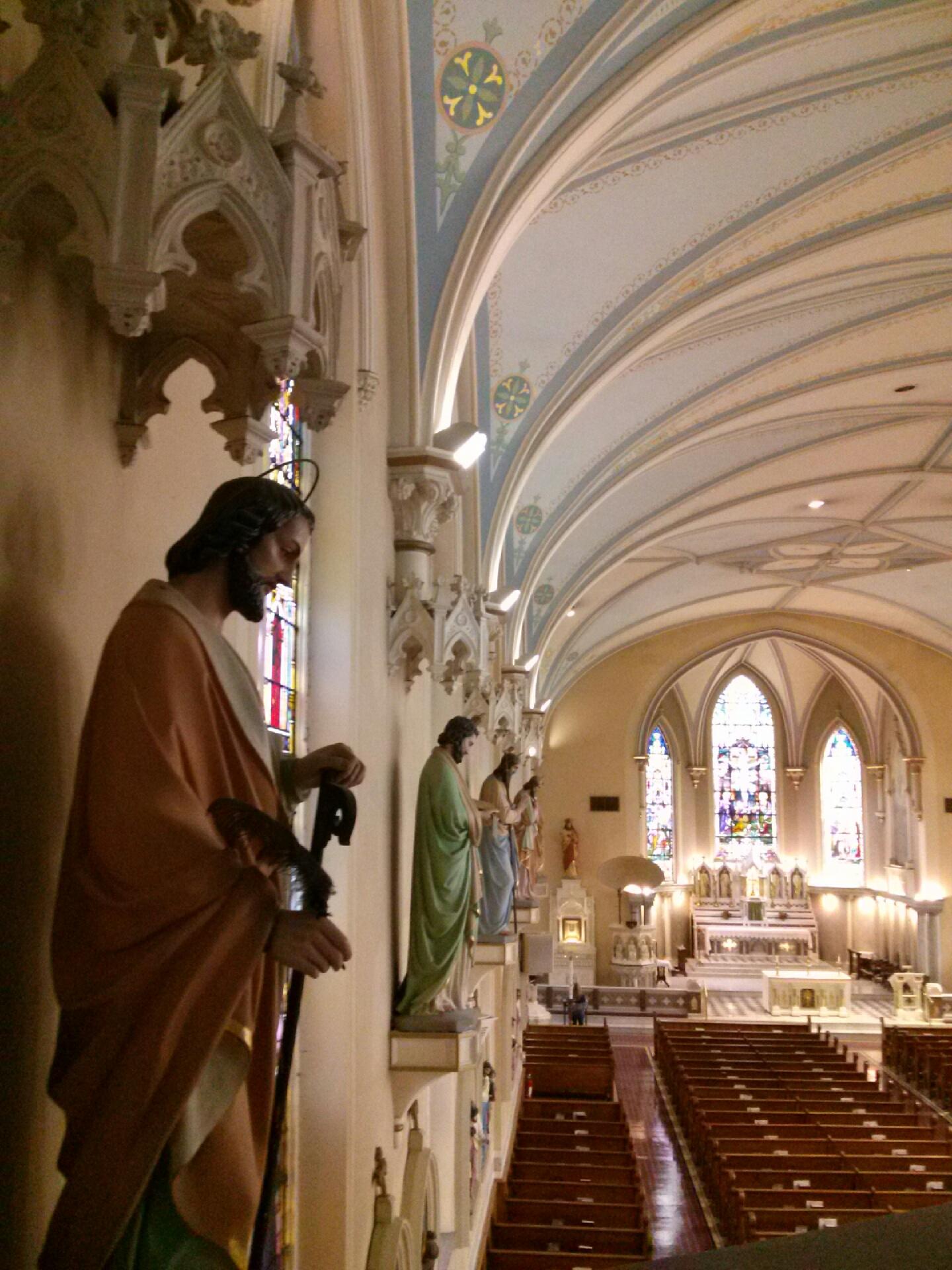 filest martin of tours catholic church interior