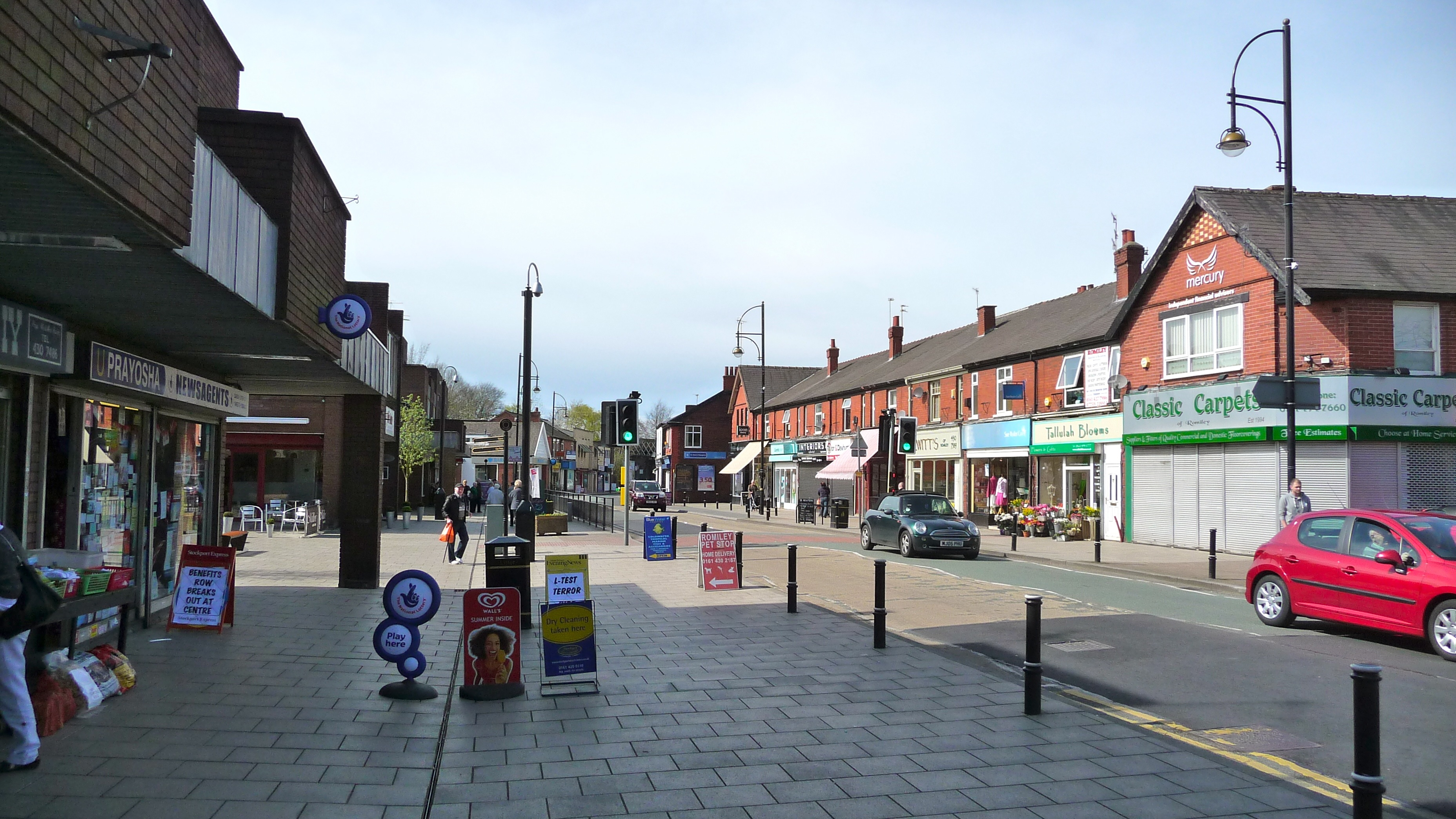 Stockport Road, Romiley.jpg