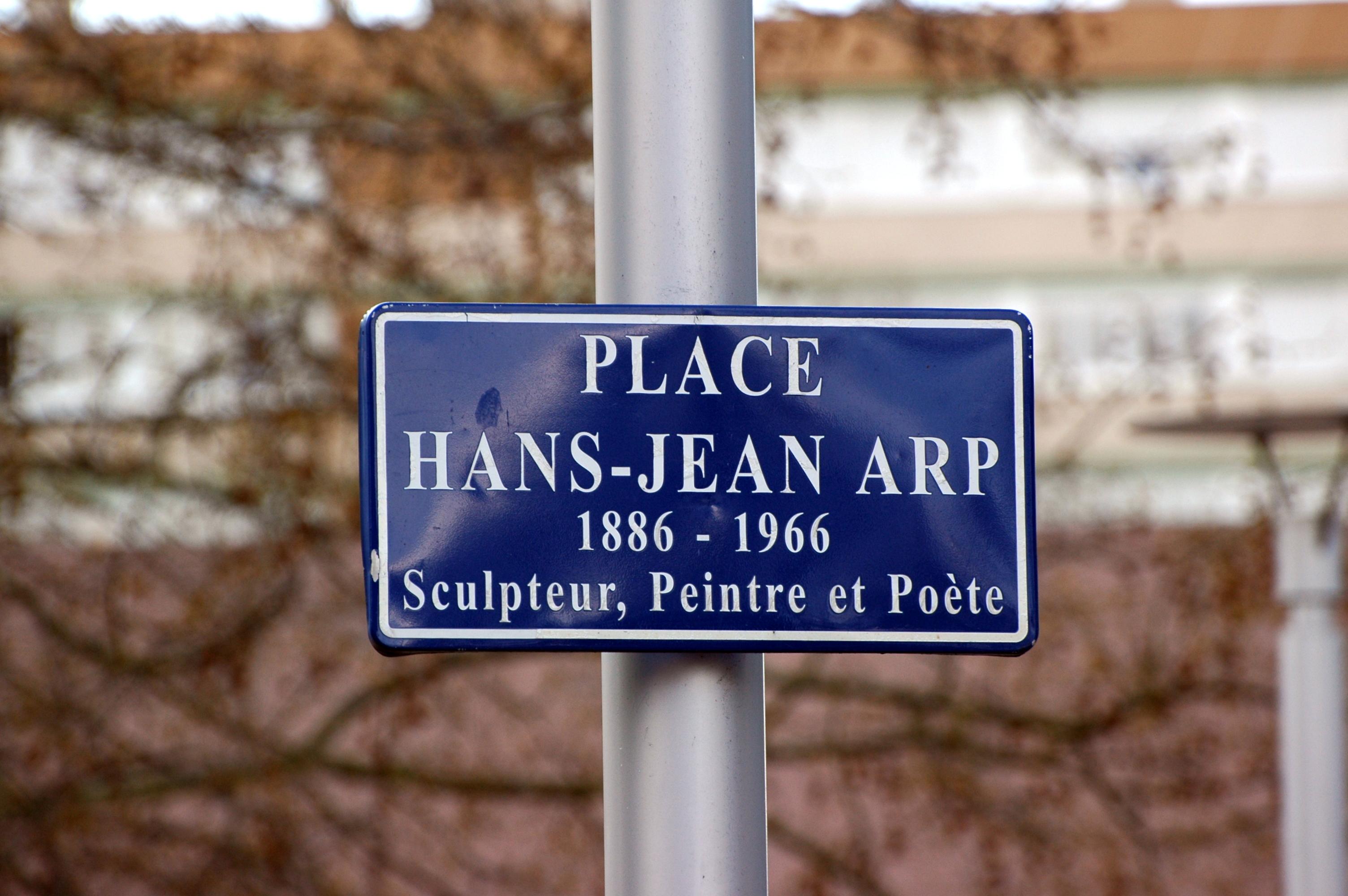 Sculpteur Peintre Et Poete Francais file:strasbourg - place hans-jean arp 1886-1966, 2016-04-08