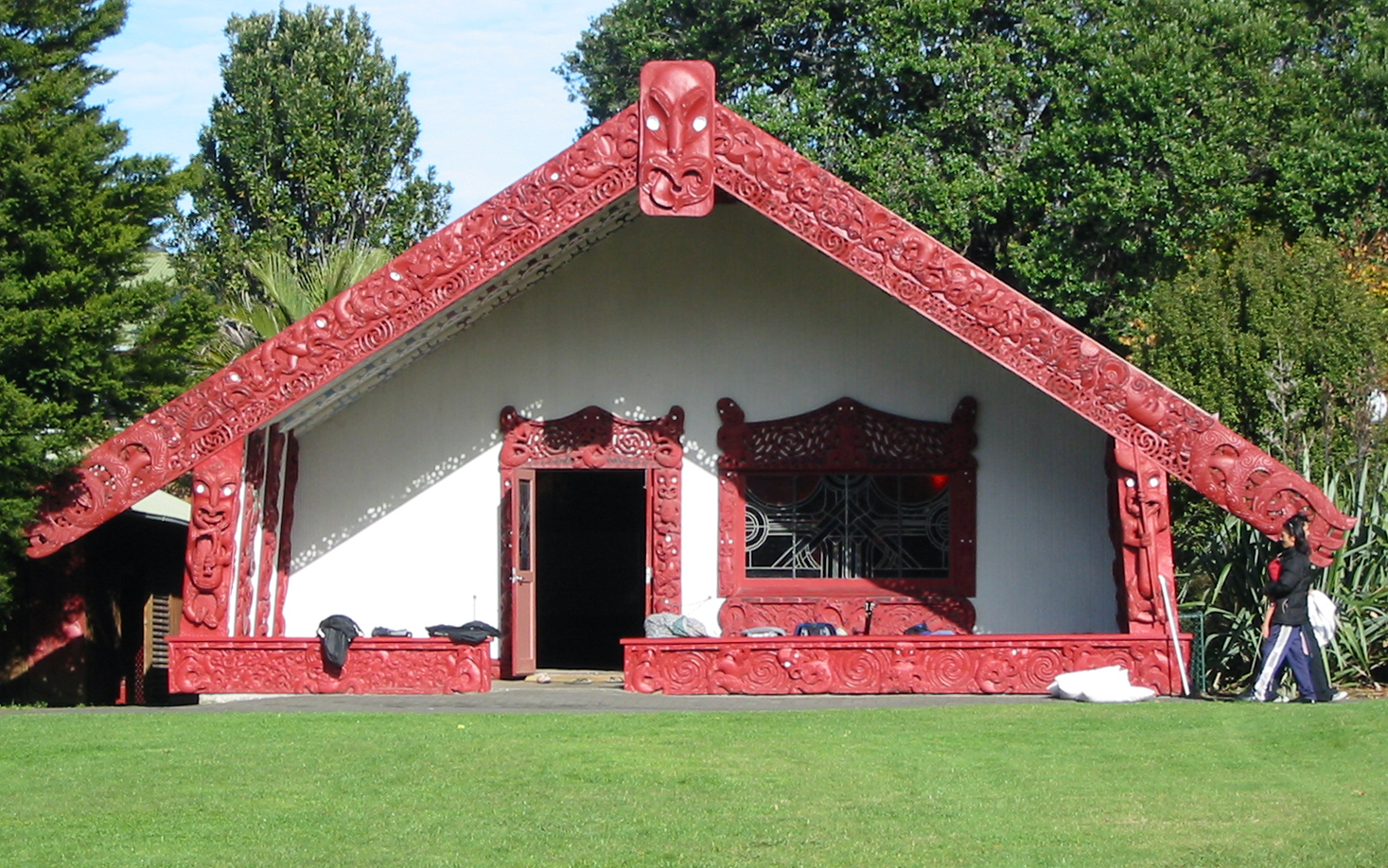 Waipapa marae, University of Auckland, New Zealand. The grassed area in front of the meeting house is the marae tea