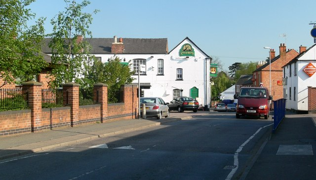 The Old Crown, Fleckney - geograph.org.uk - 418019