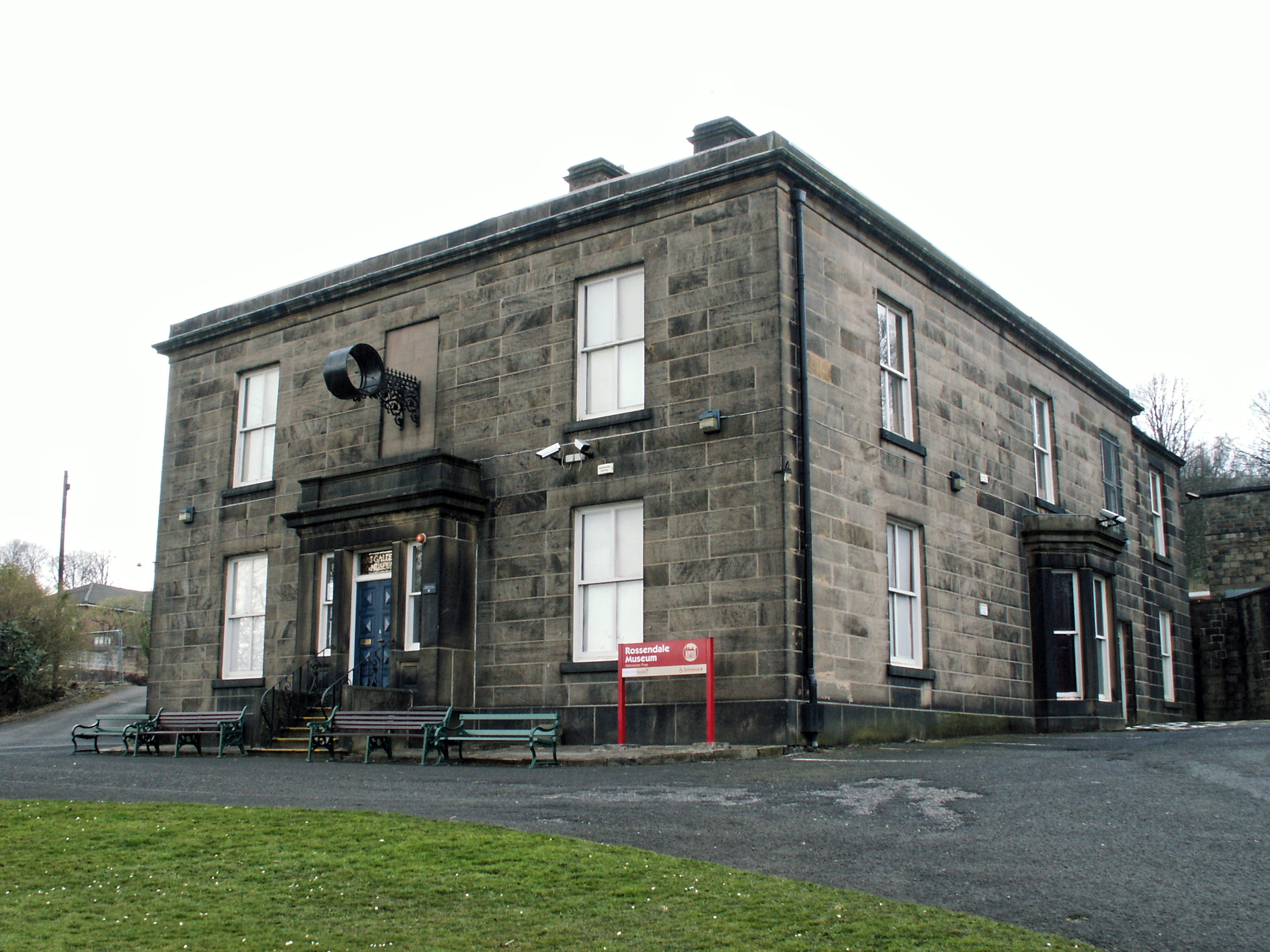 File the whitaker rawtenstall formerly rossendale museum for The whitaker