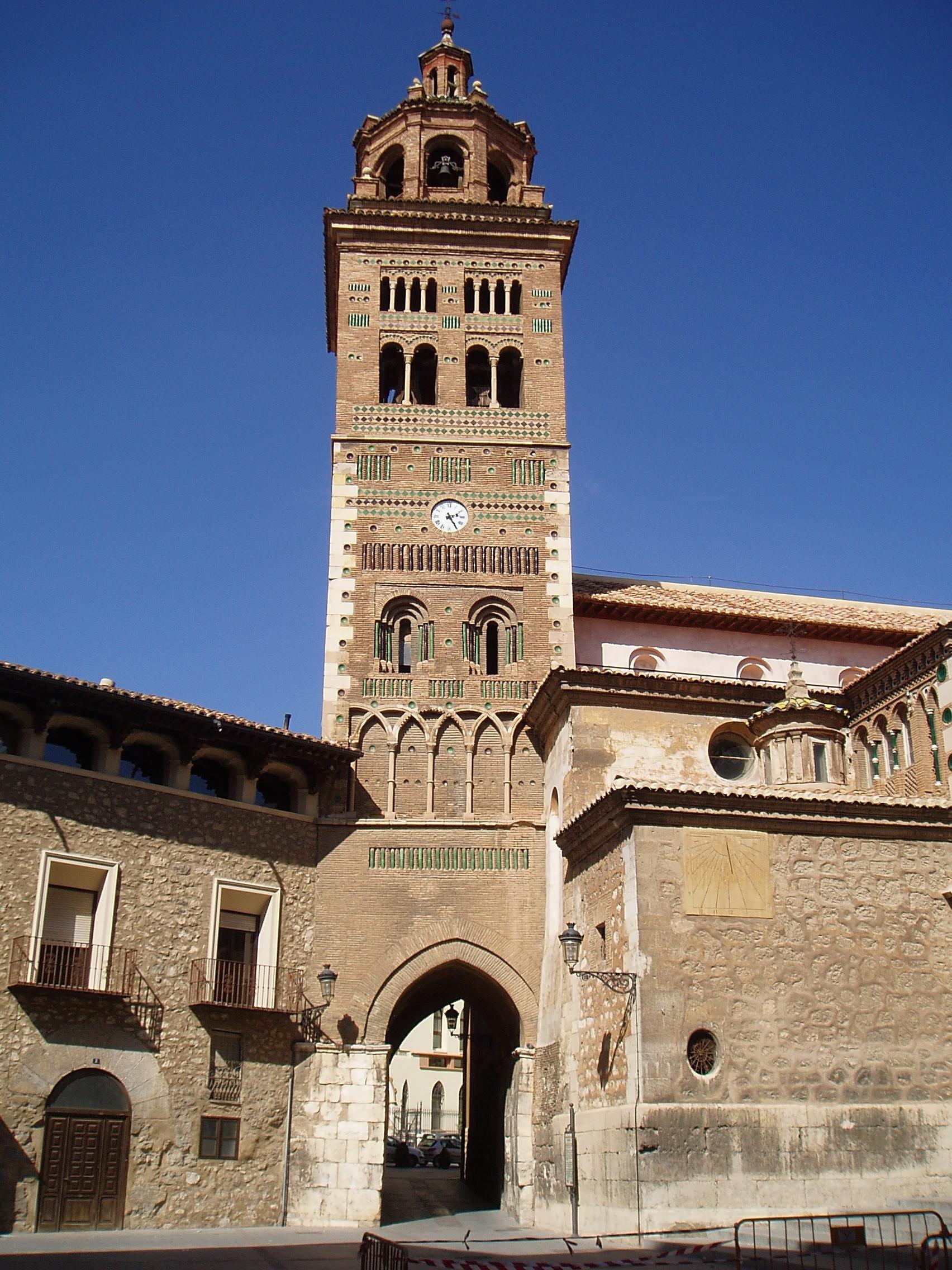 File:Torre de la Catedral de Teruel.JPG - Wikimedia Commons