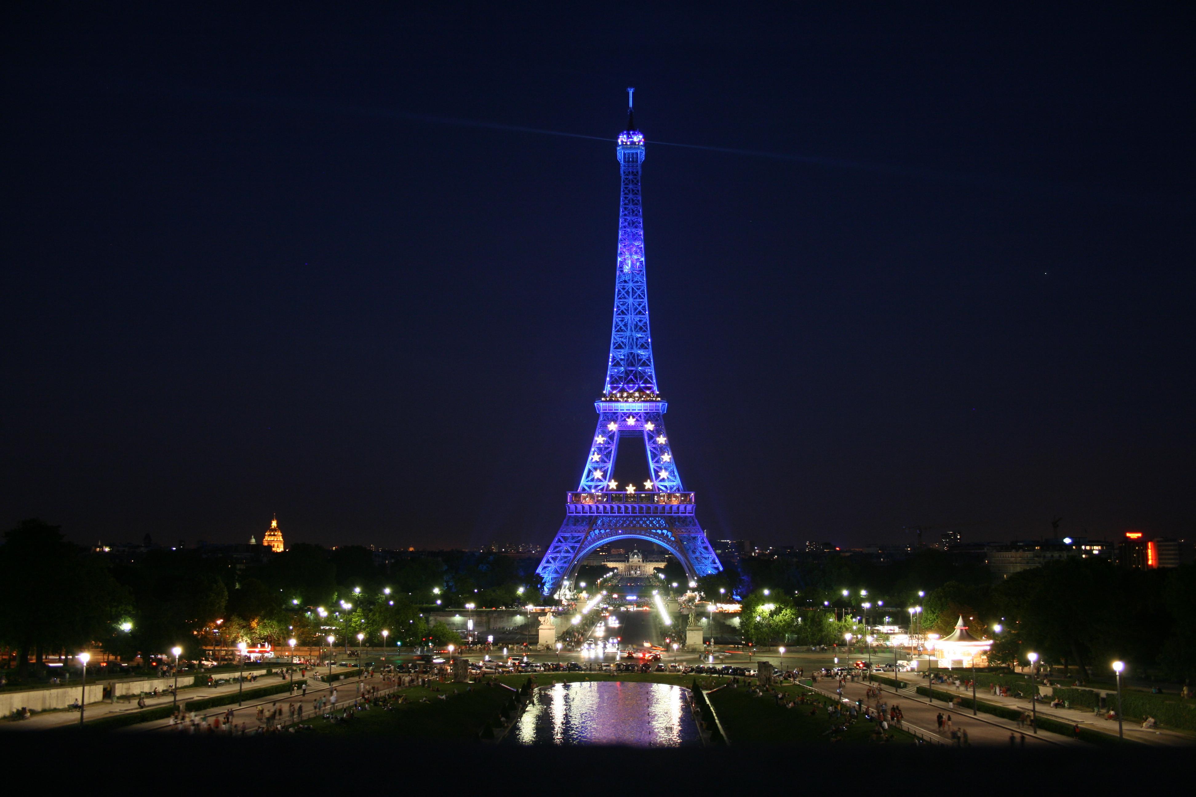 File Tour Eiffel Euro Style Panoramio Jpg Wikimedia Commons