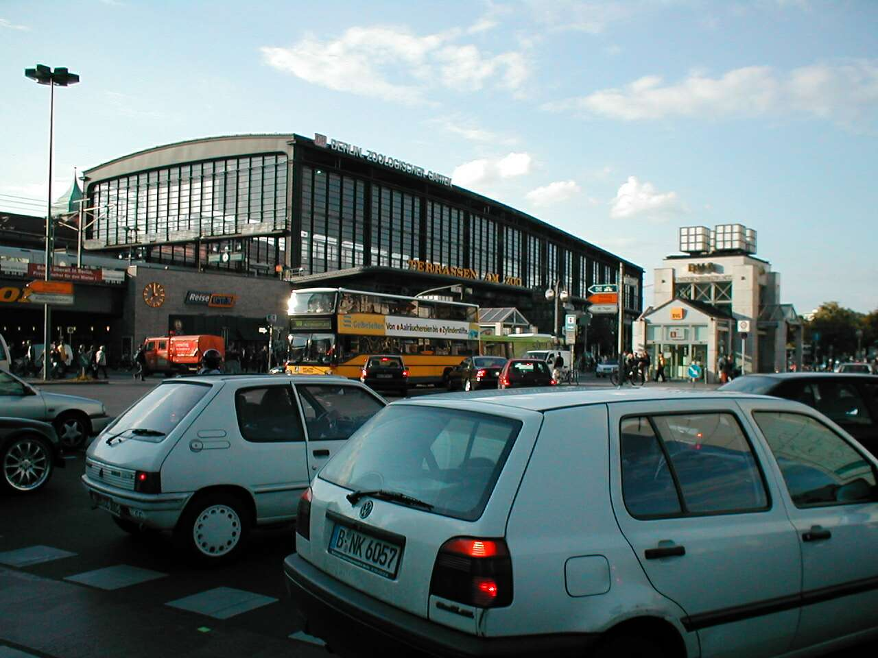 Permalink to Zoologischer Garten Train Station