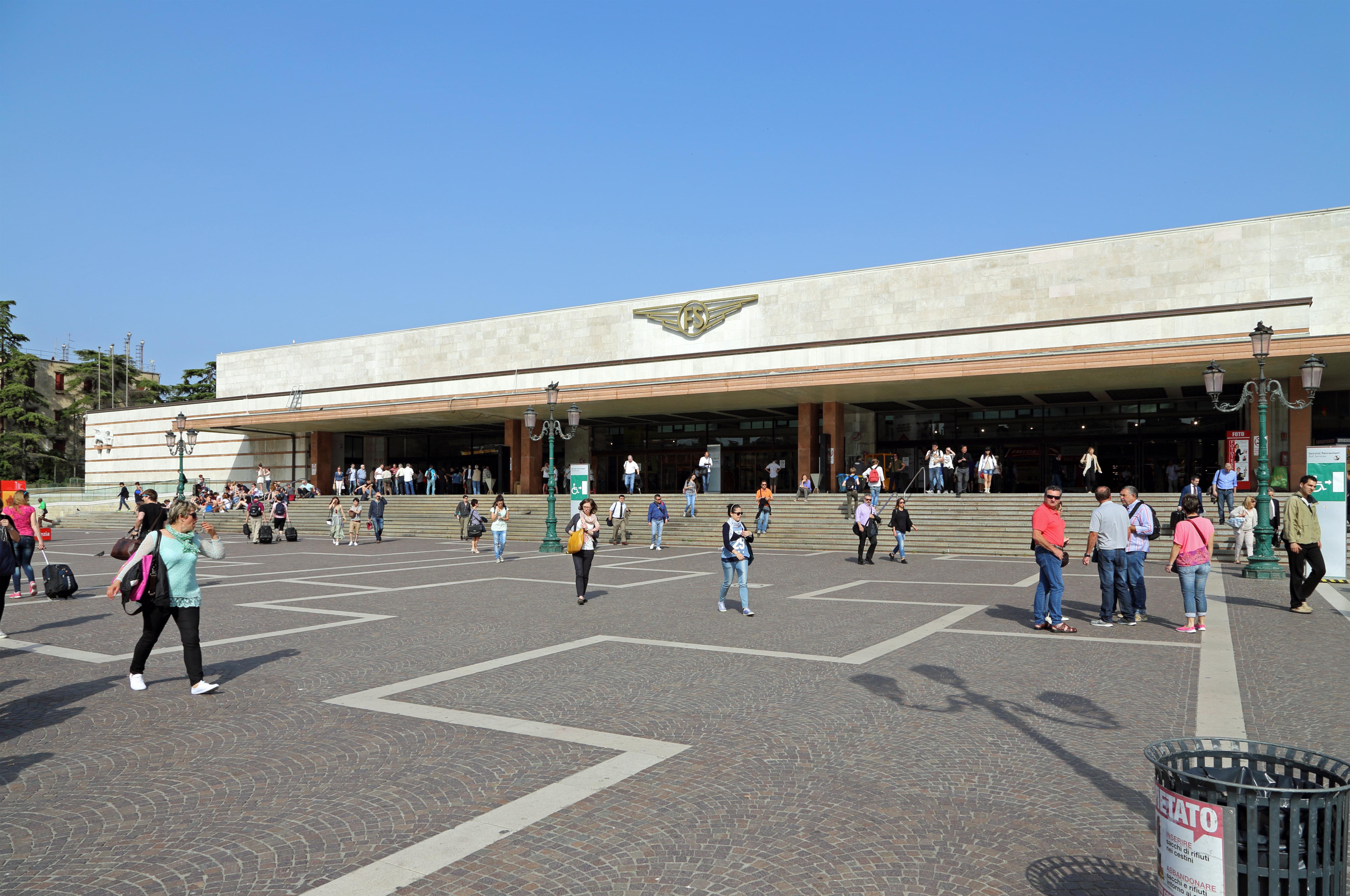 j k railway stations in venice - photo#24