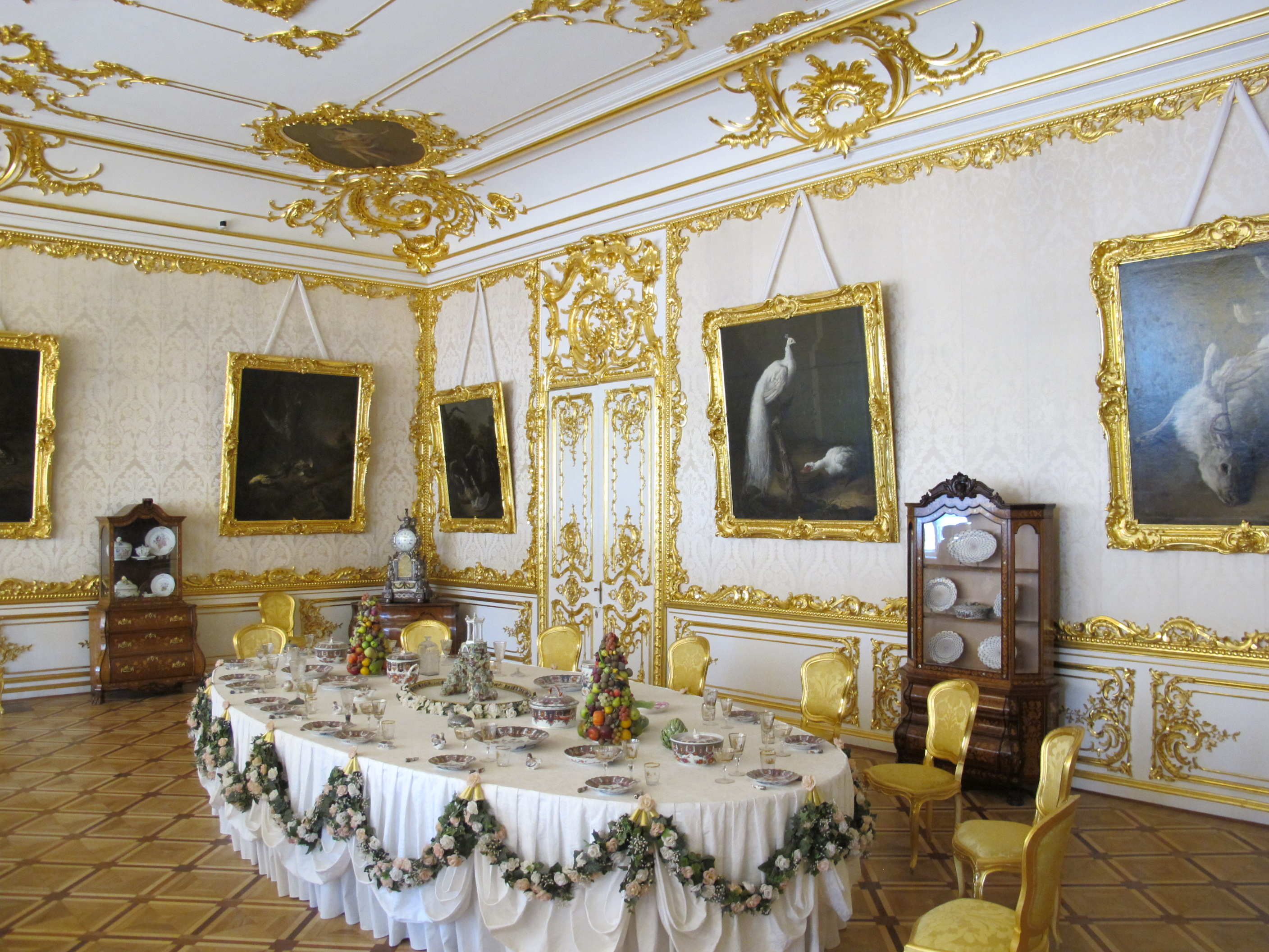 palace dining room- #images