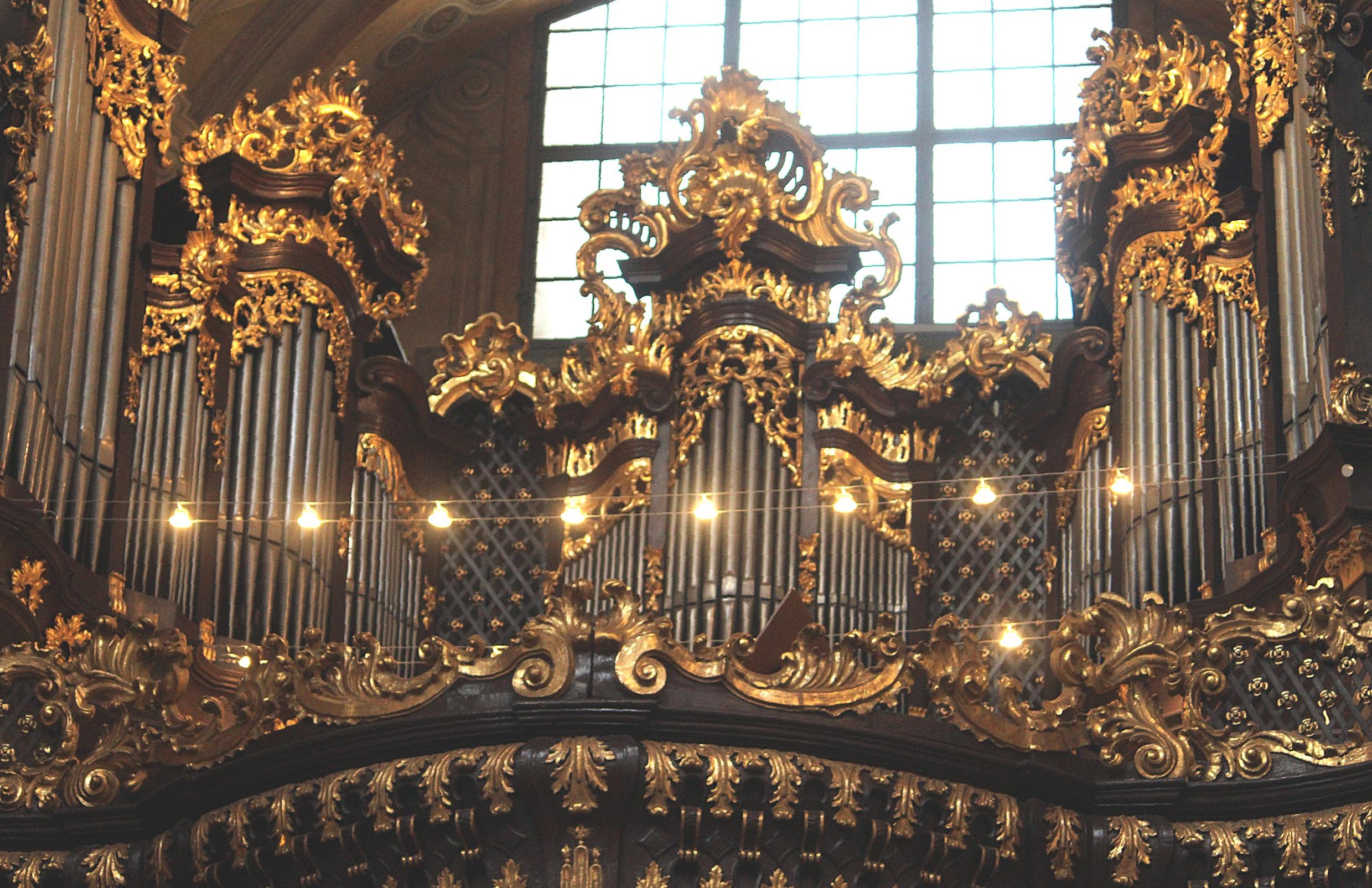 Filewien Innenstadt Peterskirche Die Orgeljpg Wikimedia Commons