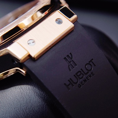 By Ivitech (Hublot SA) [GFDL (http://www.gnu.org/copyleft/fdl.html) or CC BY 3.0 (https://creativecommons.org/licenses/by/3.0)], via Wikimedia Commons