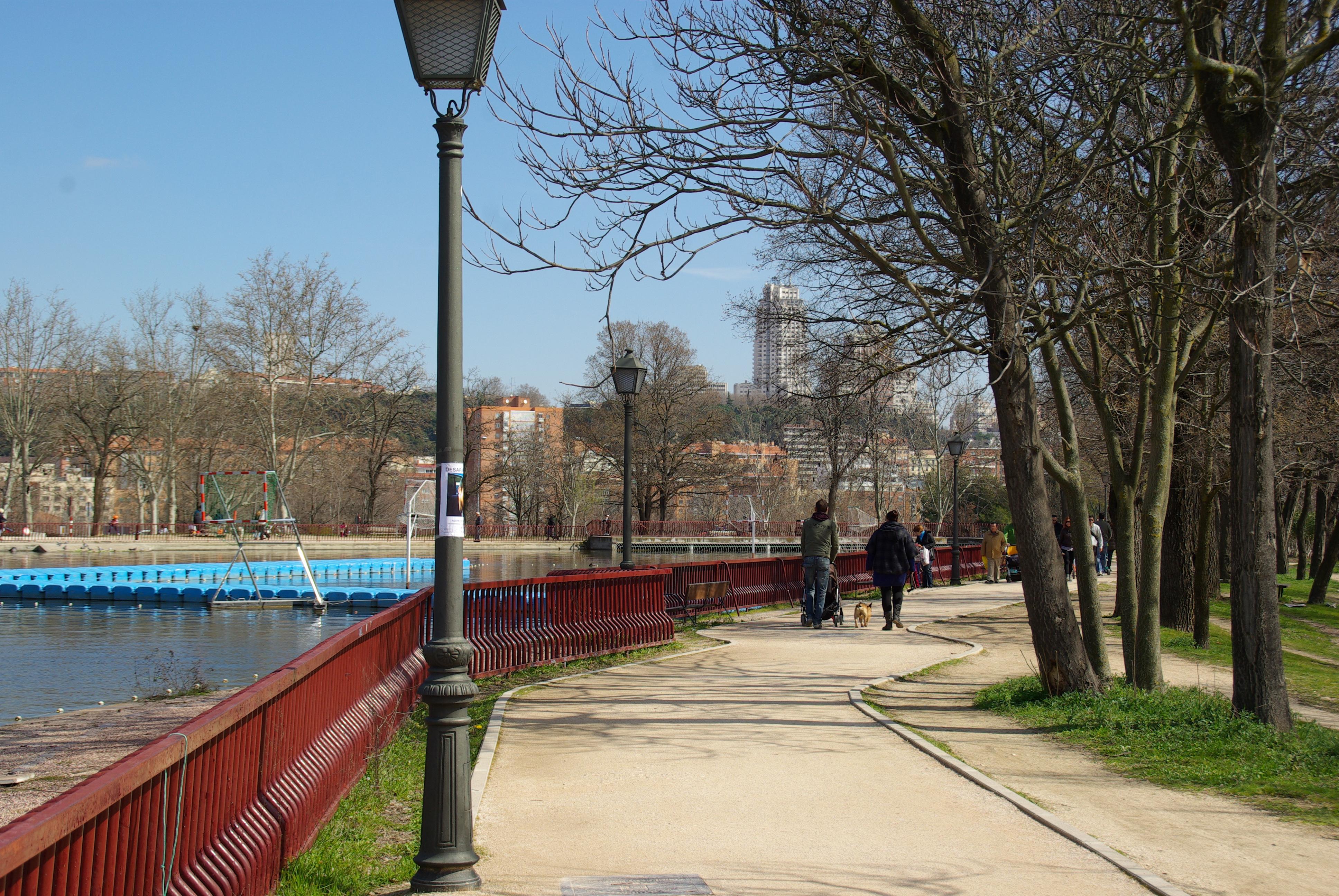 File:® S.D. (ES,EN) MADRID LAGO DE LA CASA DE CAMPO - panoramio (8 ...