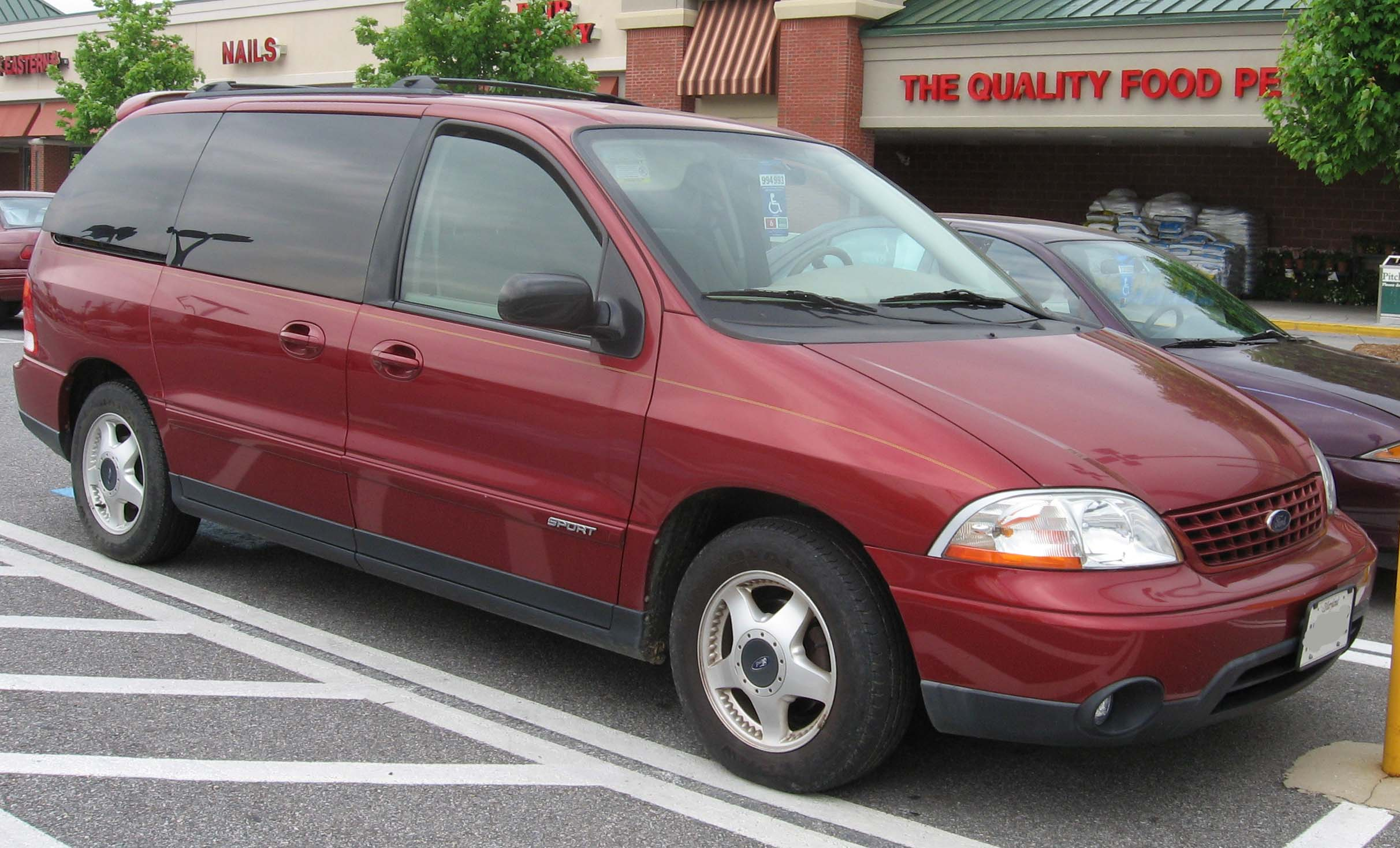 File01 03 ford windstar sport jpg