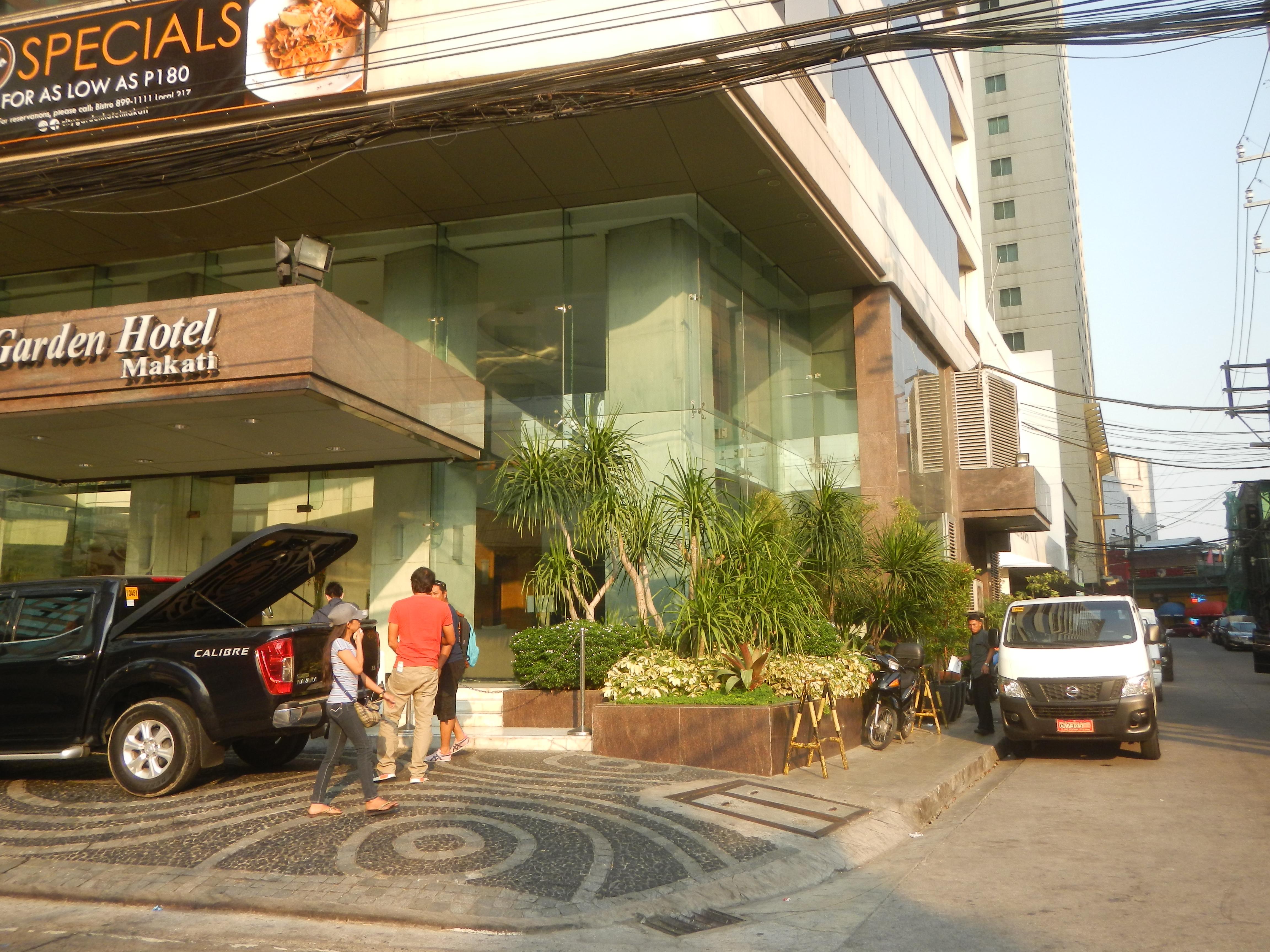 File:09322jfSalamanca Neptune Street Kalayaan Avenue Hotels Makati ...