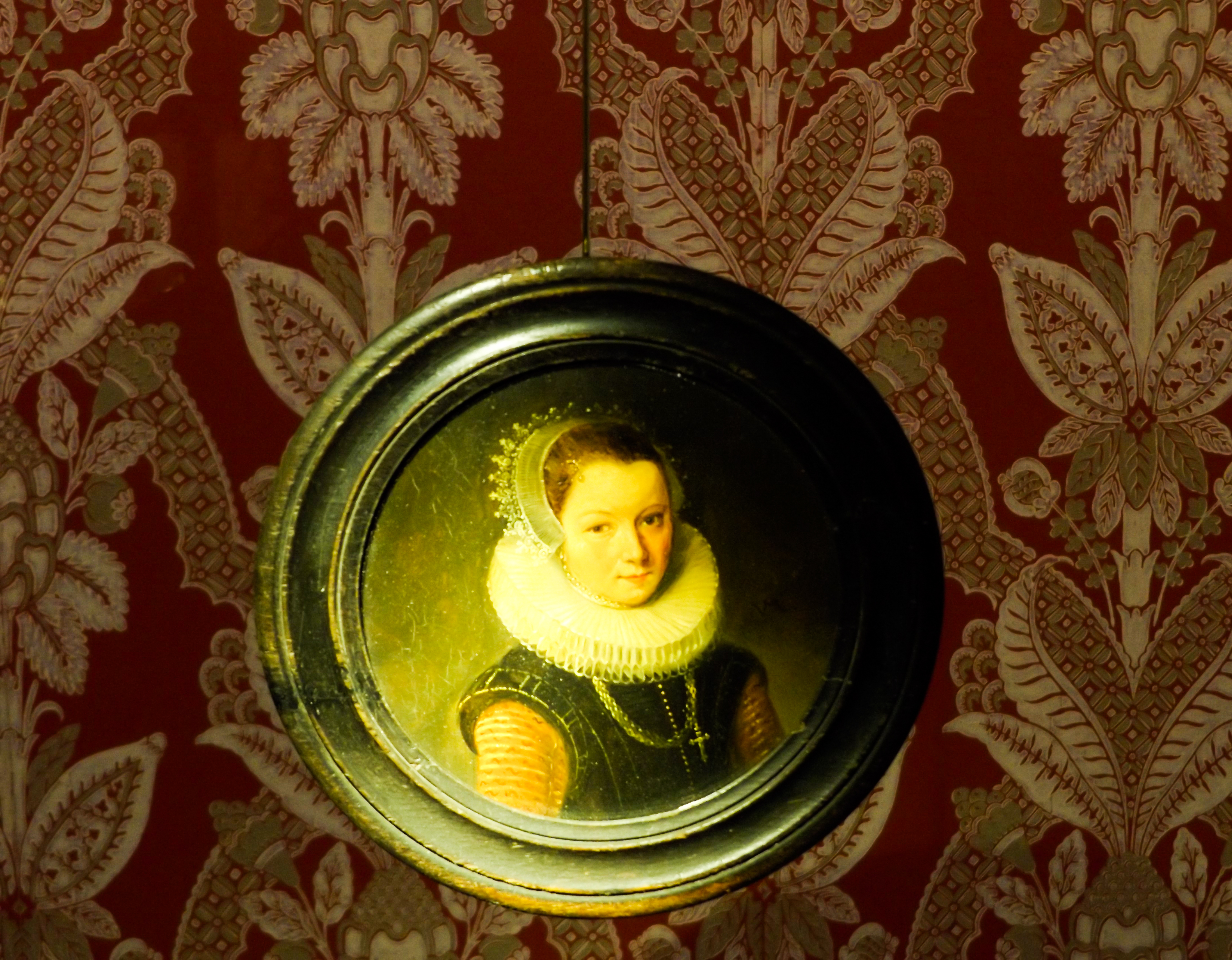 faf8cc202d0e1 File 18th-century portrait miniature.jpg - Wikimedia Commons