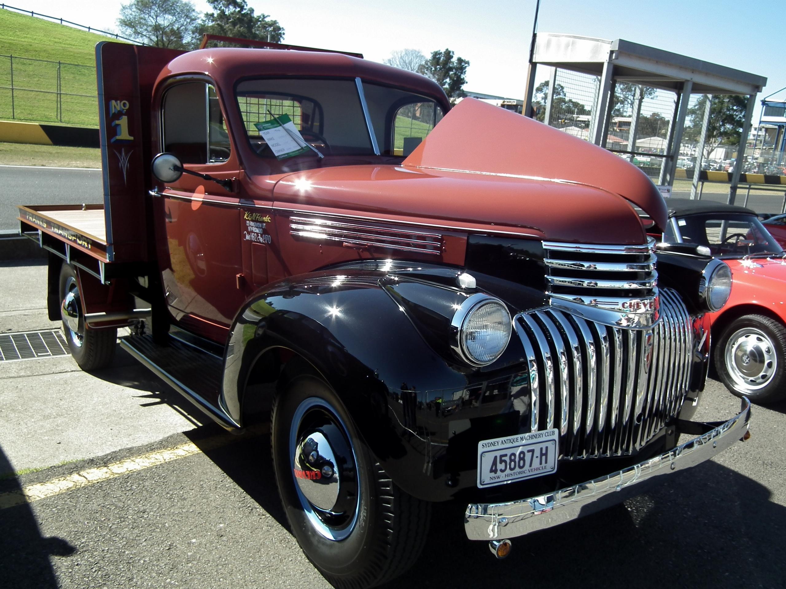 File:1946 Chevrolet table top truck (9597931218).jpg - Wikimedia ...