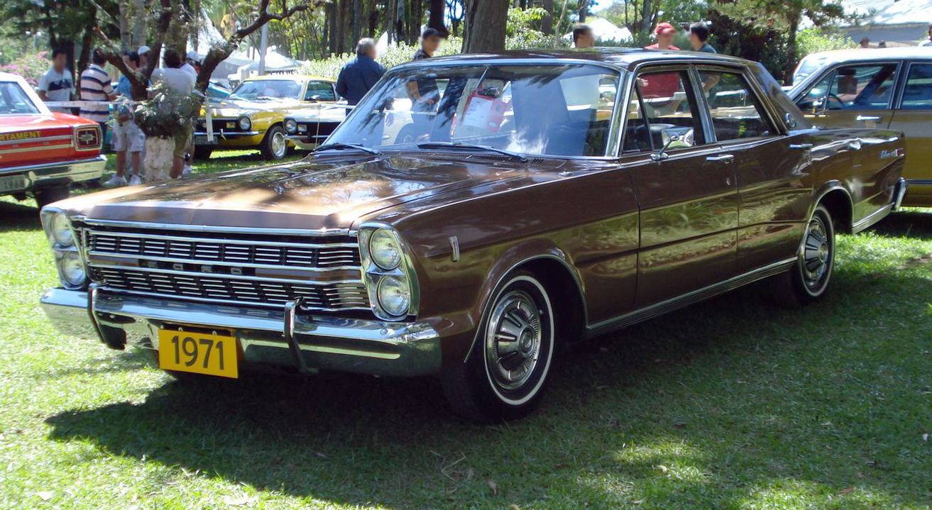Old Ford Galaxy Cars