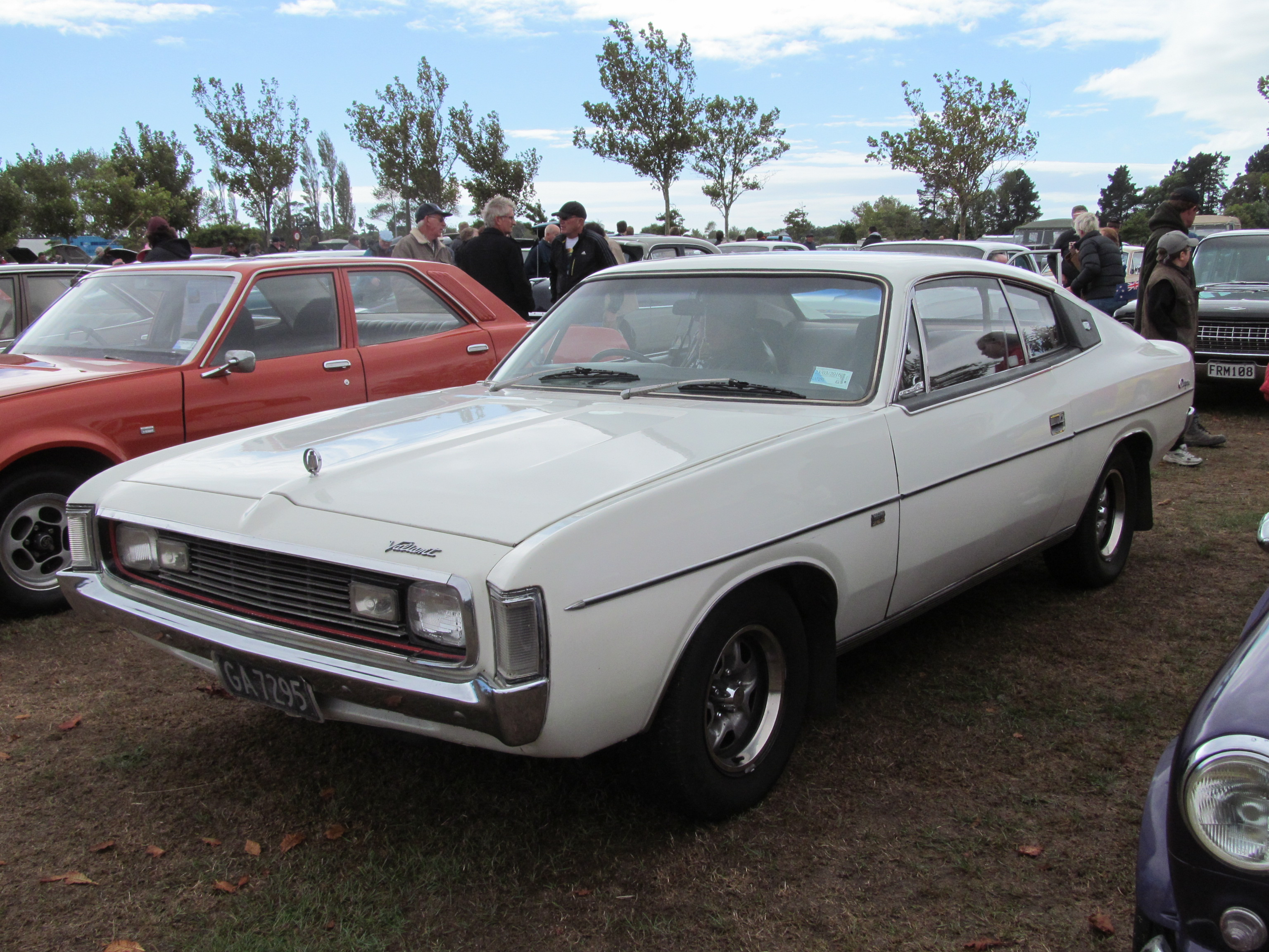 1972_Chrysler_Valiant_Charger_770_%28162