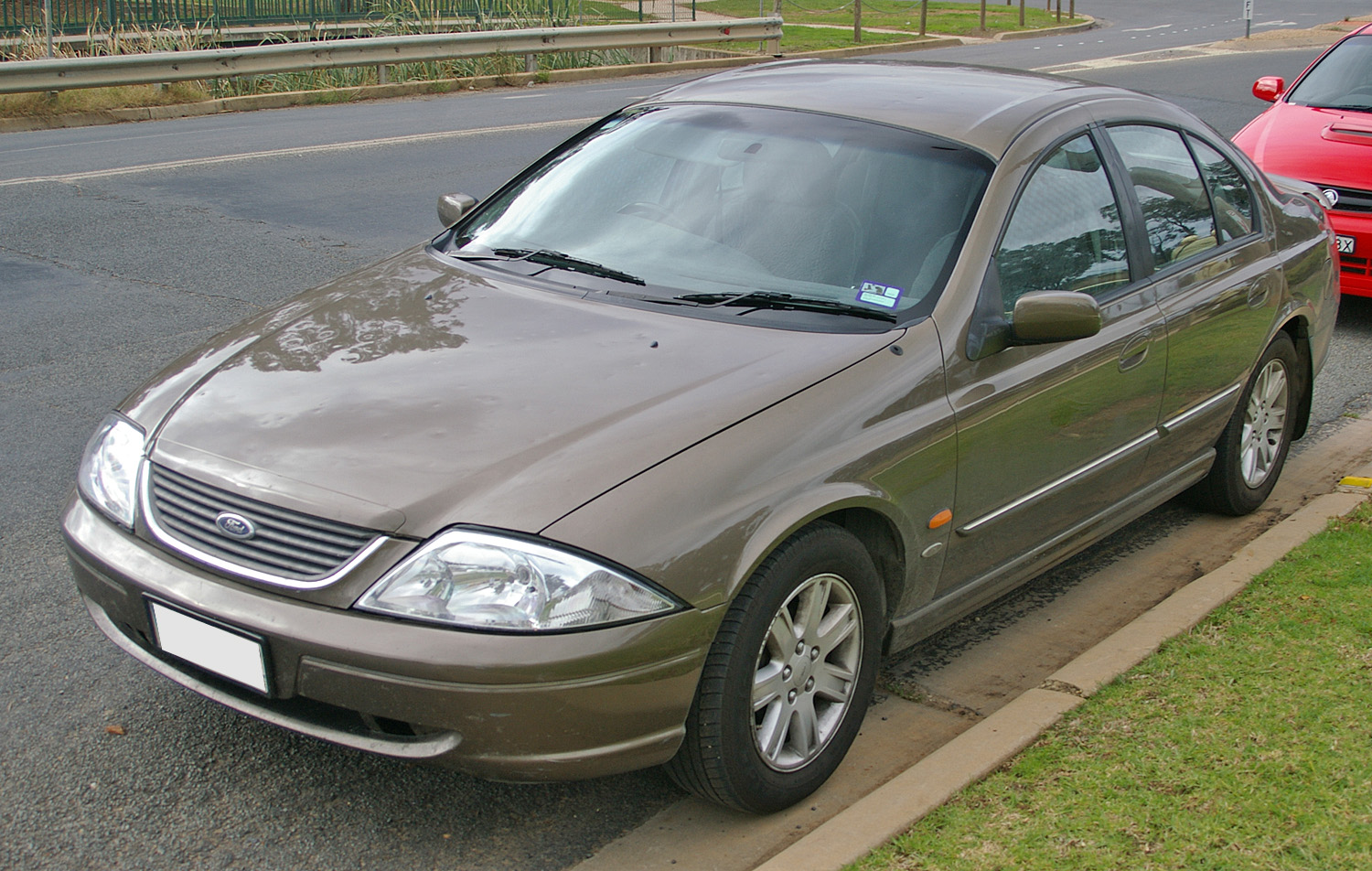 2000_Ford_AU_II_Falcon_Futura_75th_Anniv