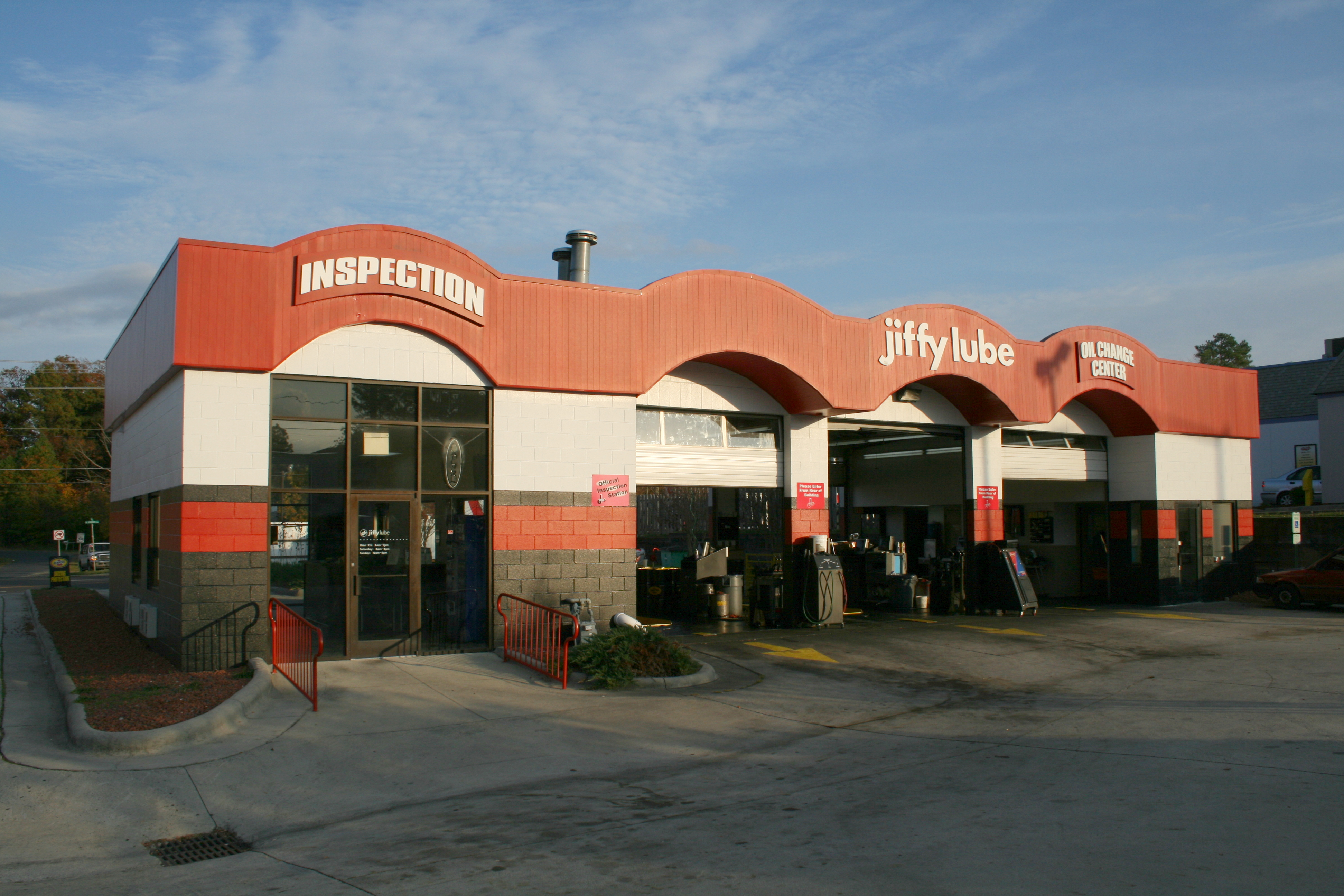 Jiffy Lube is an American brand of automotive oil change specialty shops founded in Utah, United States, in It has been a subsidiary of Royal Dutch Shell since , and .