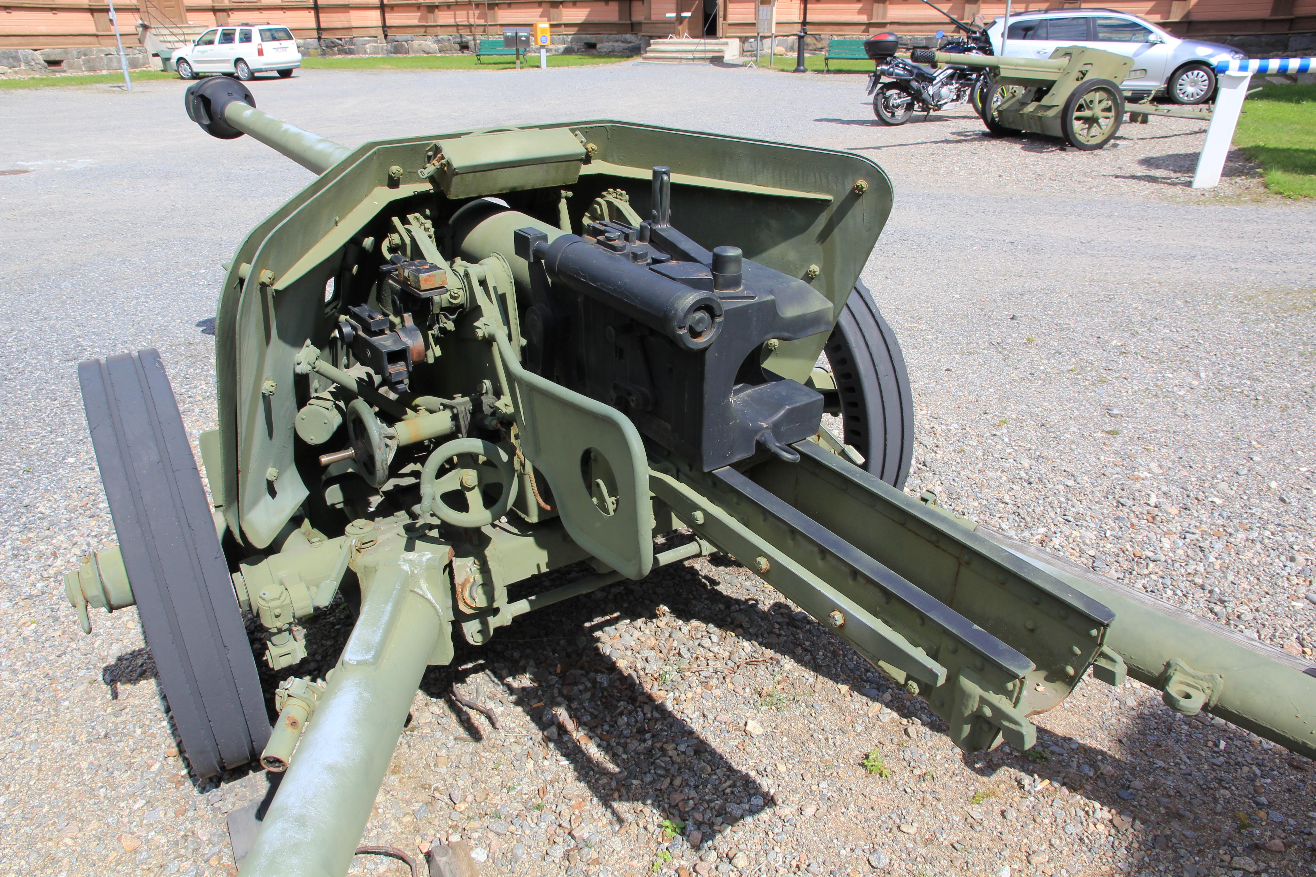 German 50 Mm Anti Tank Gun: File:75 PaK 40 Mikkeli 4.JPG