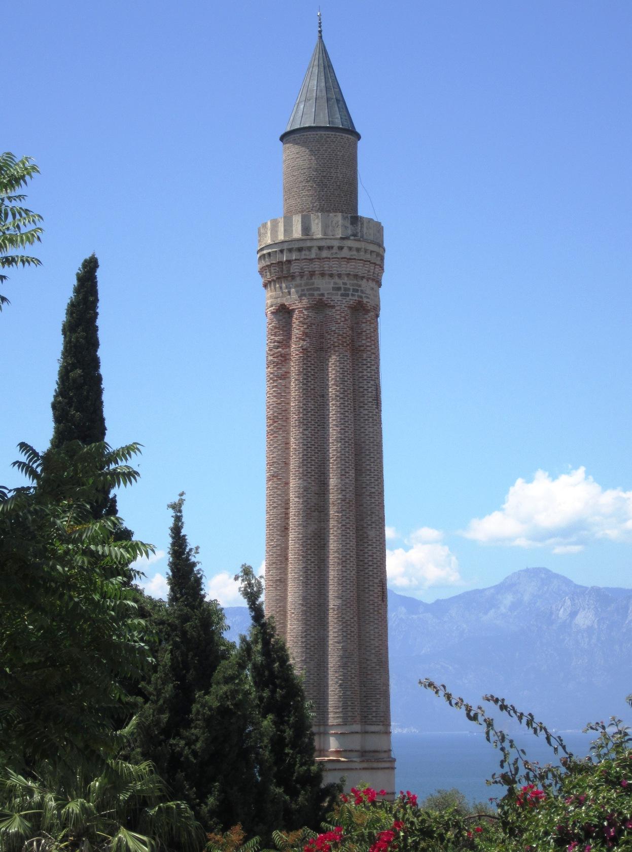 File:Antalya Yivli Minare.JPG - Wikimedia Commons