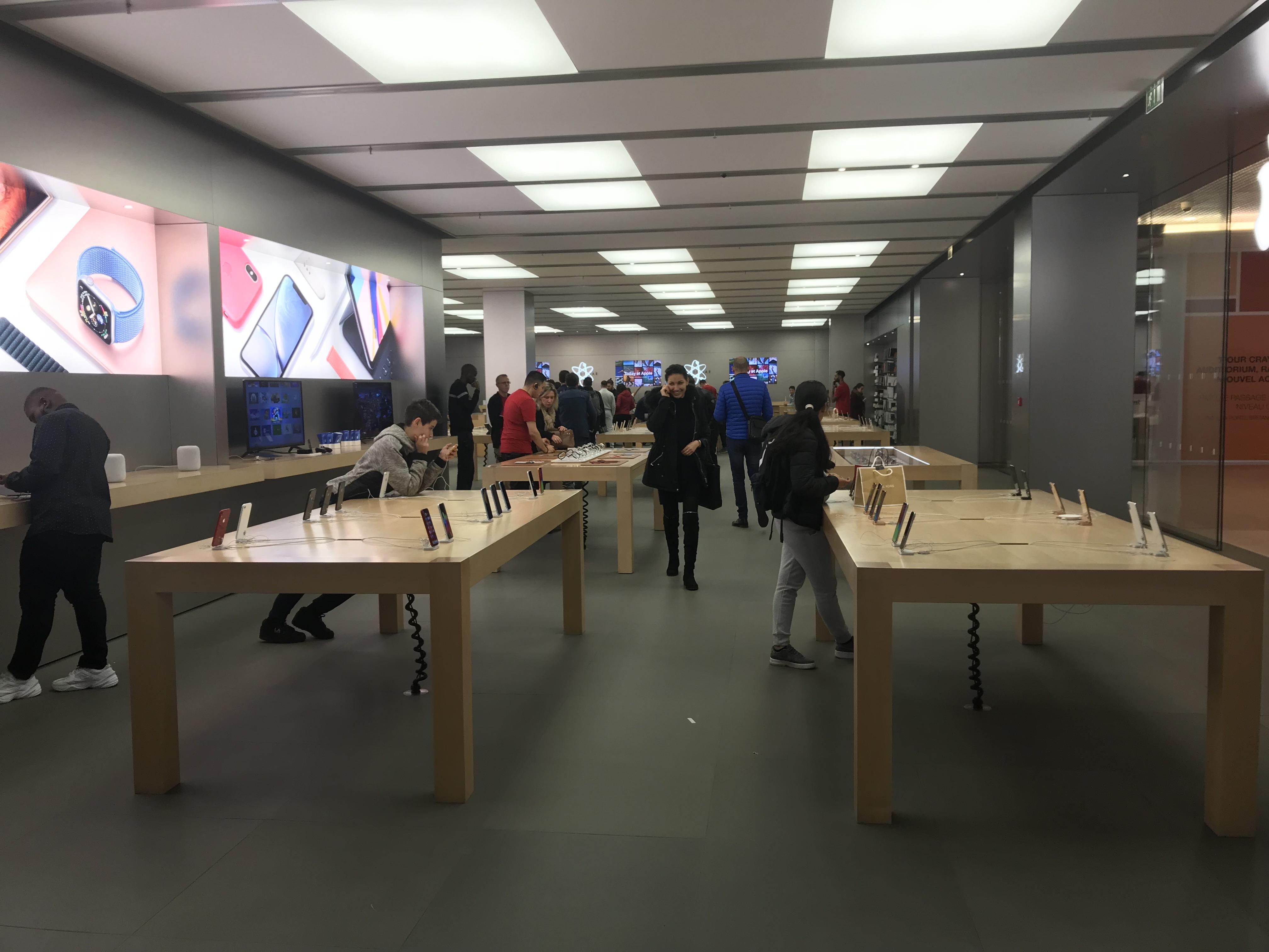 File Apple Store Du Centre Commercial De La Part Dieu Jpg