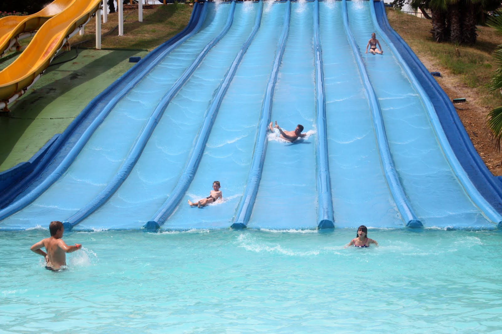 Aquopolis; water parks in Spain