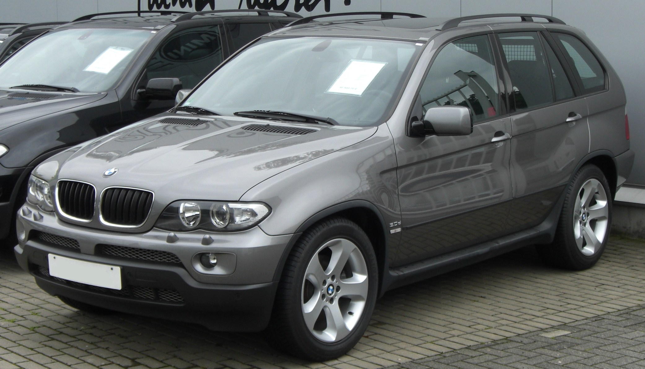 file bmw x5 e53 front jpg wikimedia commons. Black Bedroom Furniture Sets. Home Design Ideas