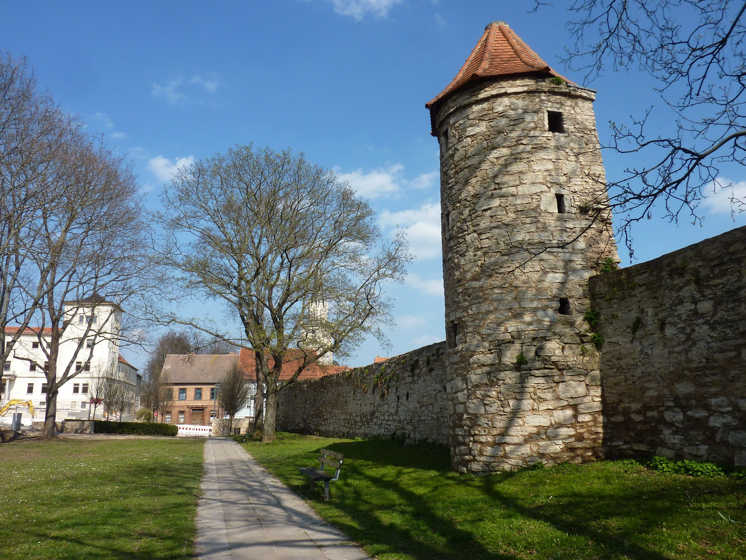 file bad langensalza stadtmauer mit wikimedia. Black Bedroom Furniture Sets. Home Design Ideas