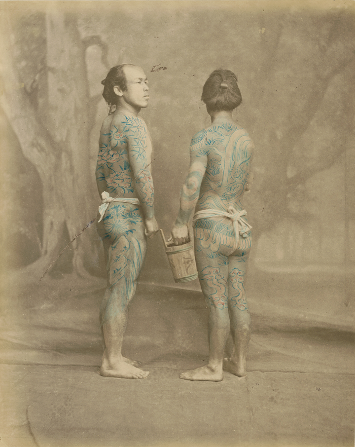 Felice Beato (1834-1907), Tattooed japanese men, ca. 1870. Hand-colored