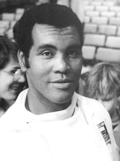 Cuban former boxer Teofilo Stevenson, widely considered one of the greatest boxers of all time Bundesarchiv Bild 183-1985-1004-023, Teofilo Stevenson cropped.jpg