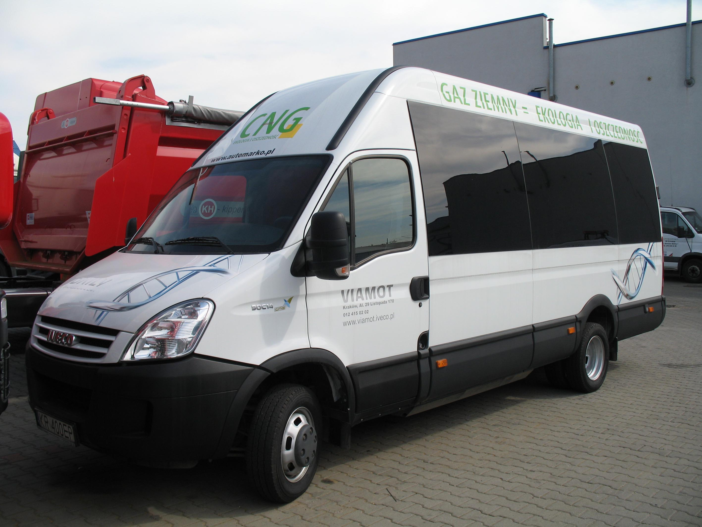Ogromnie File:Bus Iveco Daily 50C14 CNG.jpg - Wikimedia Commons EL09