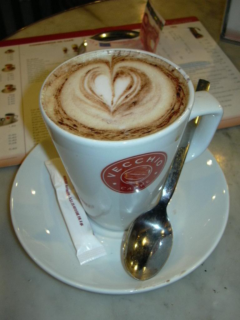 Kafeneja & Cajtorja e Forumit !! - Faqe 5 Cafe_Vecchio_Cappuccino_al_gusto_de_coco