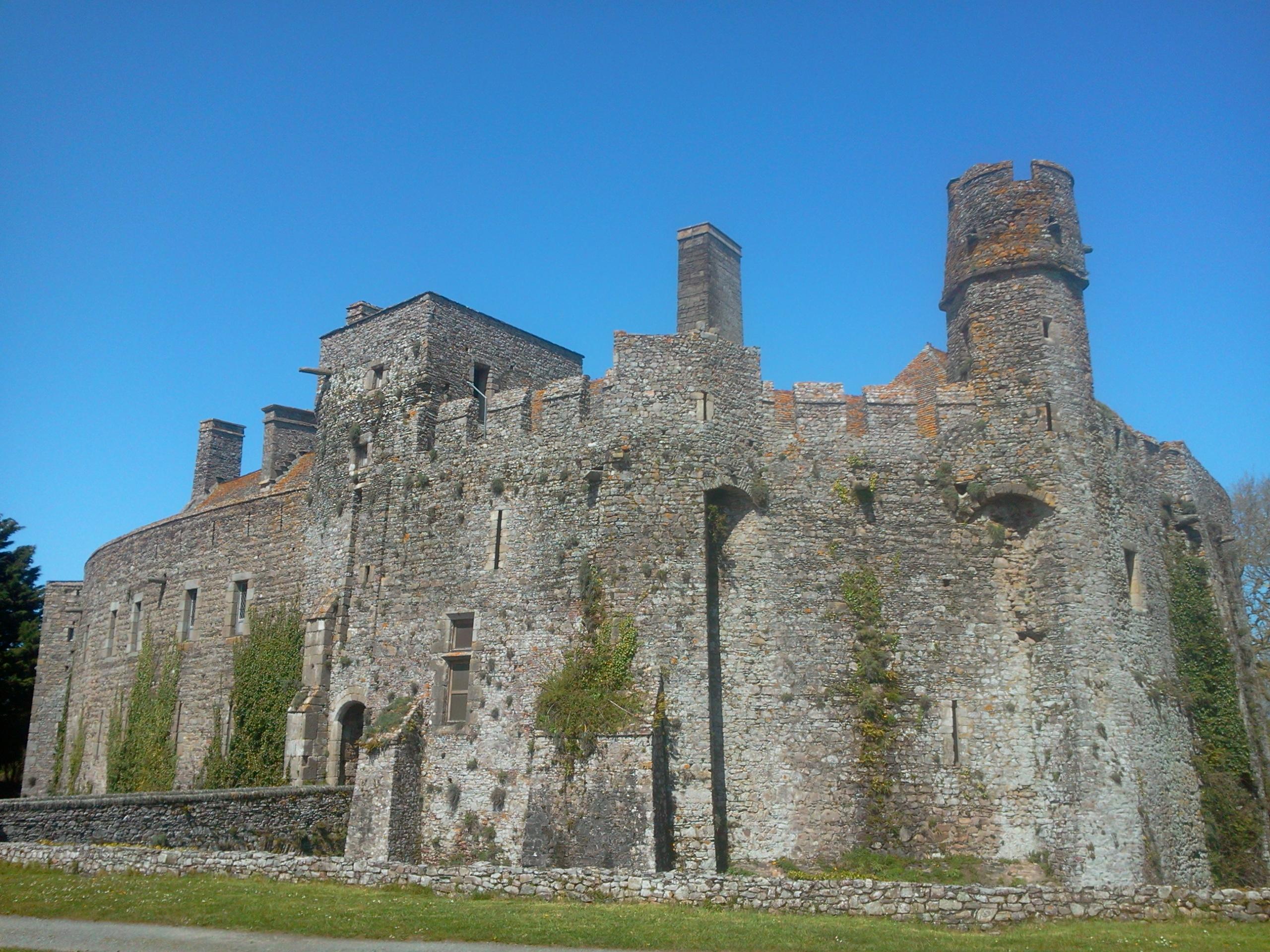 Chateau  Tours Restaur Ef Bf Bd Par Son Propri Ef Bf Bdtaire Dans L Indre