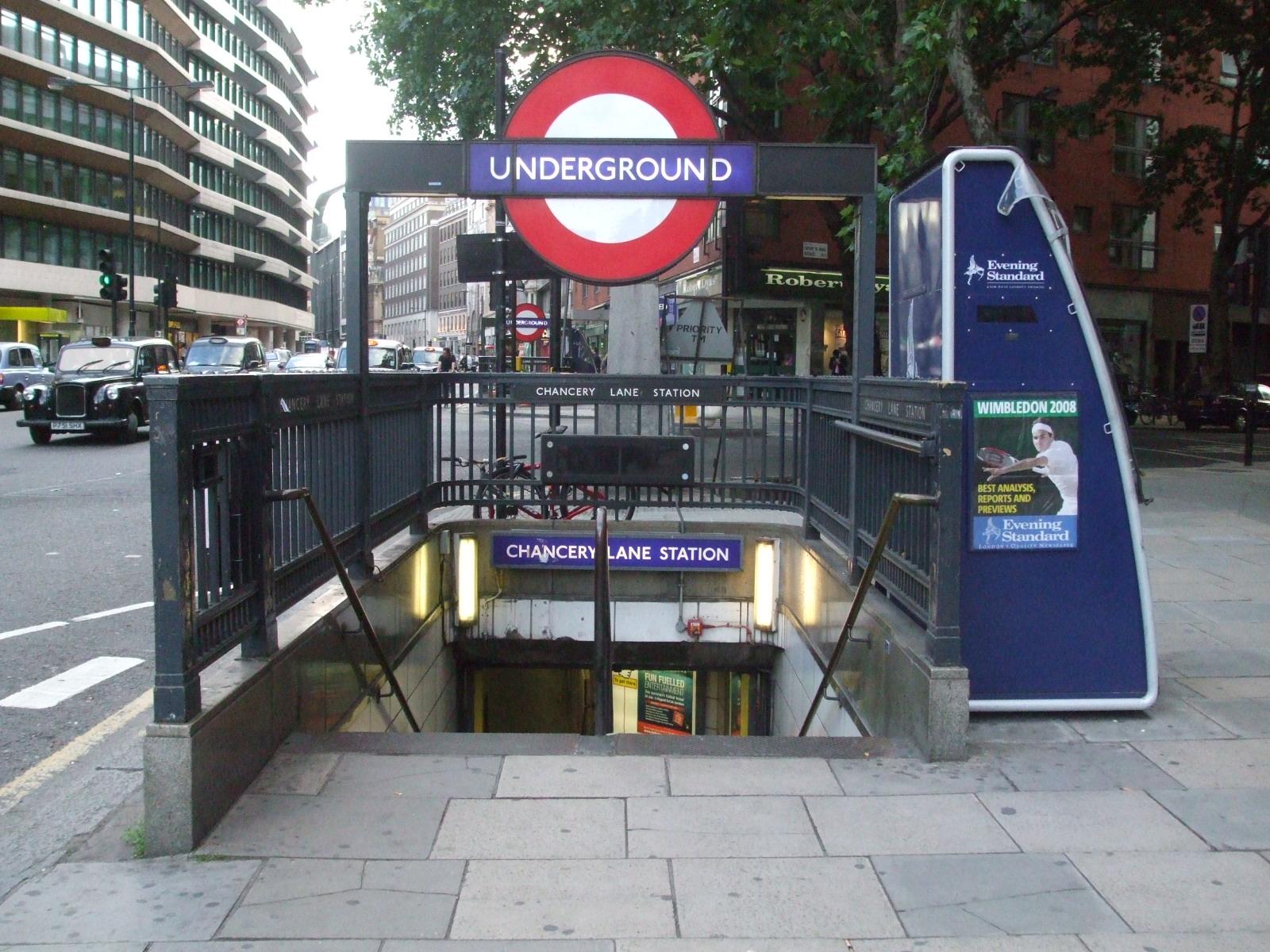 Chancery Lane tube station - Wikipedia