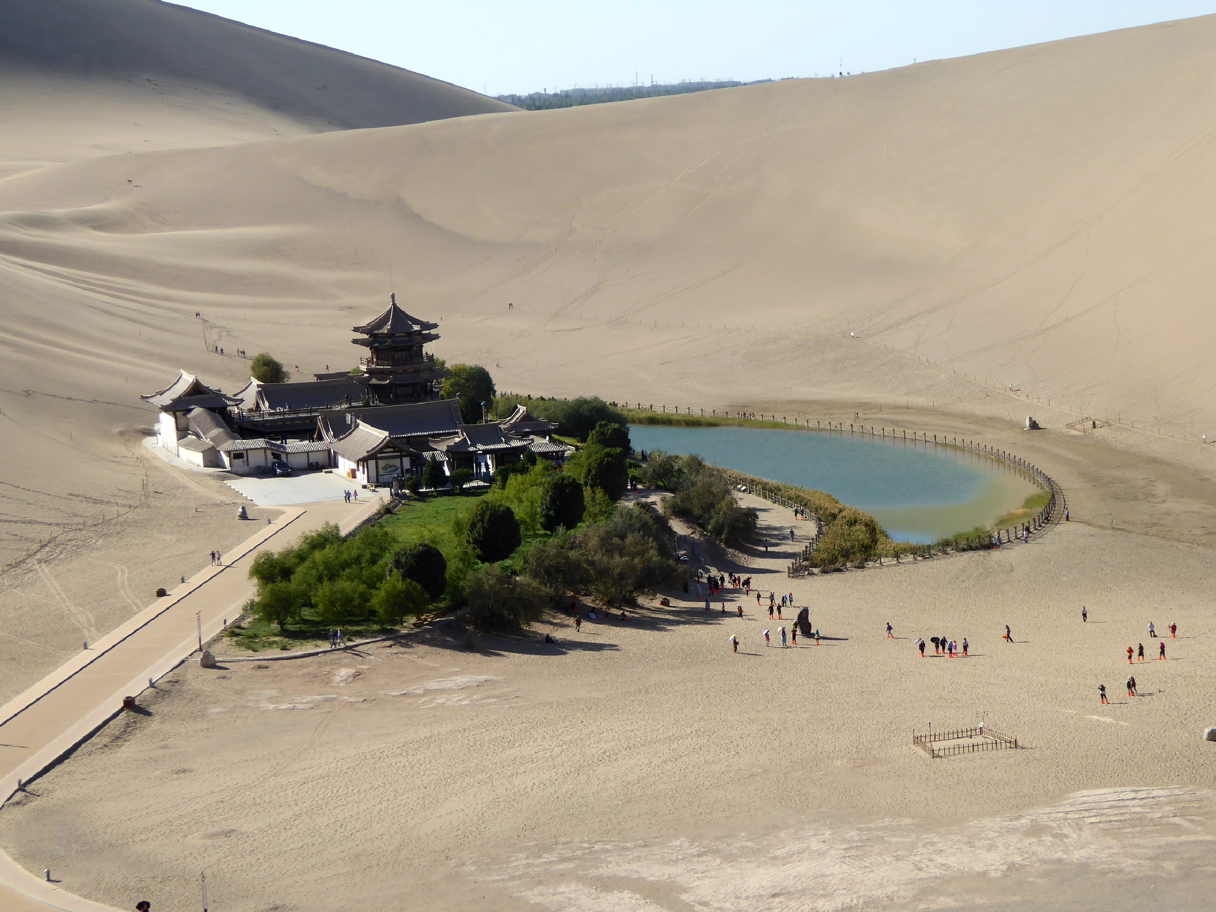 Spring Comes To Dunes >> Singing Sand Dunes Dunhuang Wikipedia